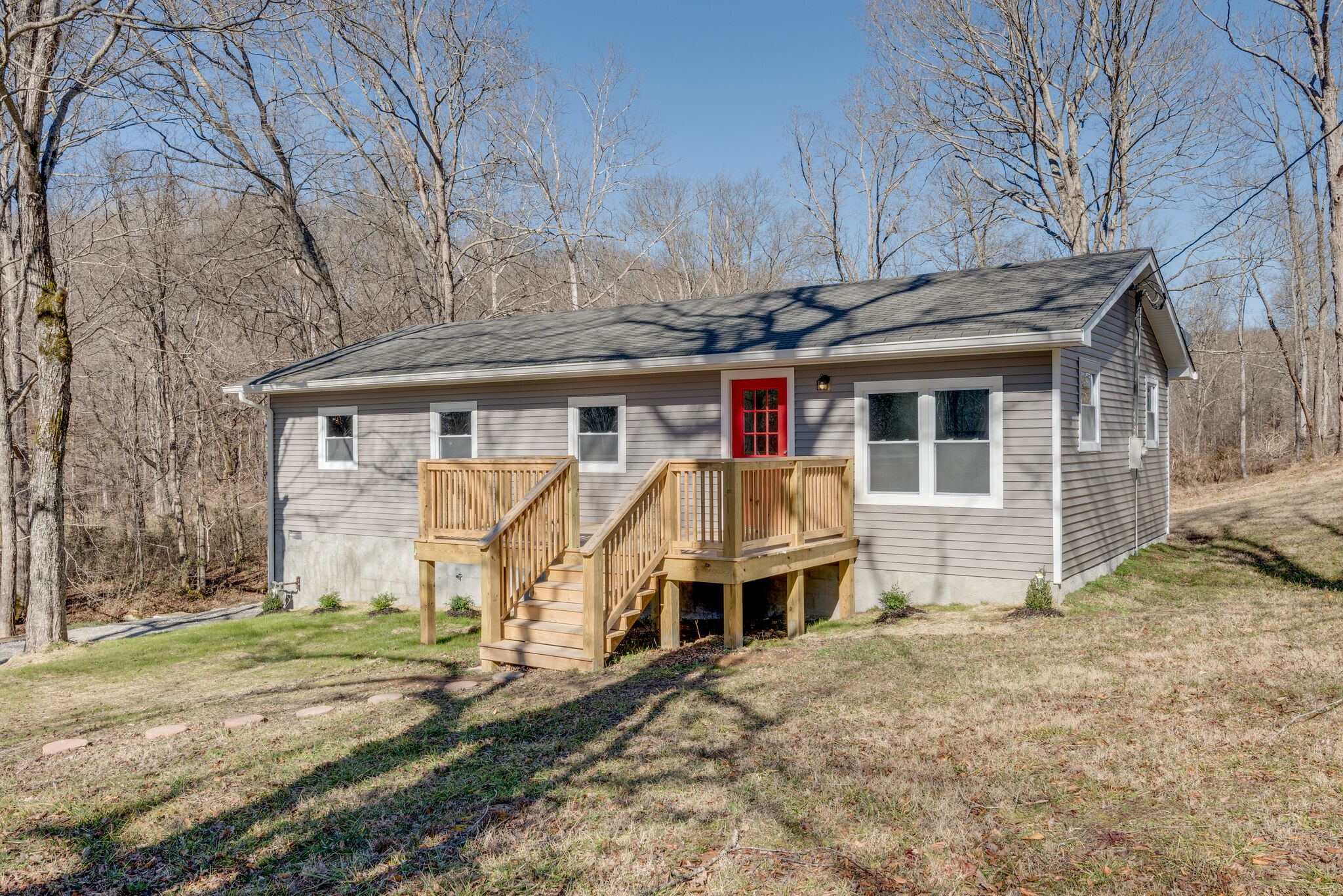 1401 Maple Valley Rd Property Photo - Charlotte, TN real estate listing