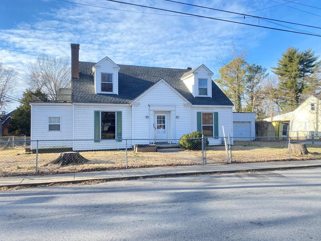 403 W 15th St Property Photo - Hopkinsville, KY real estate listing