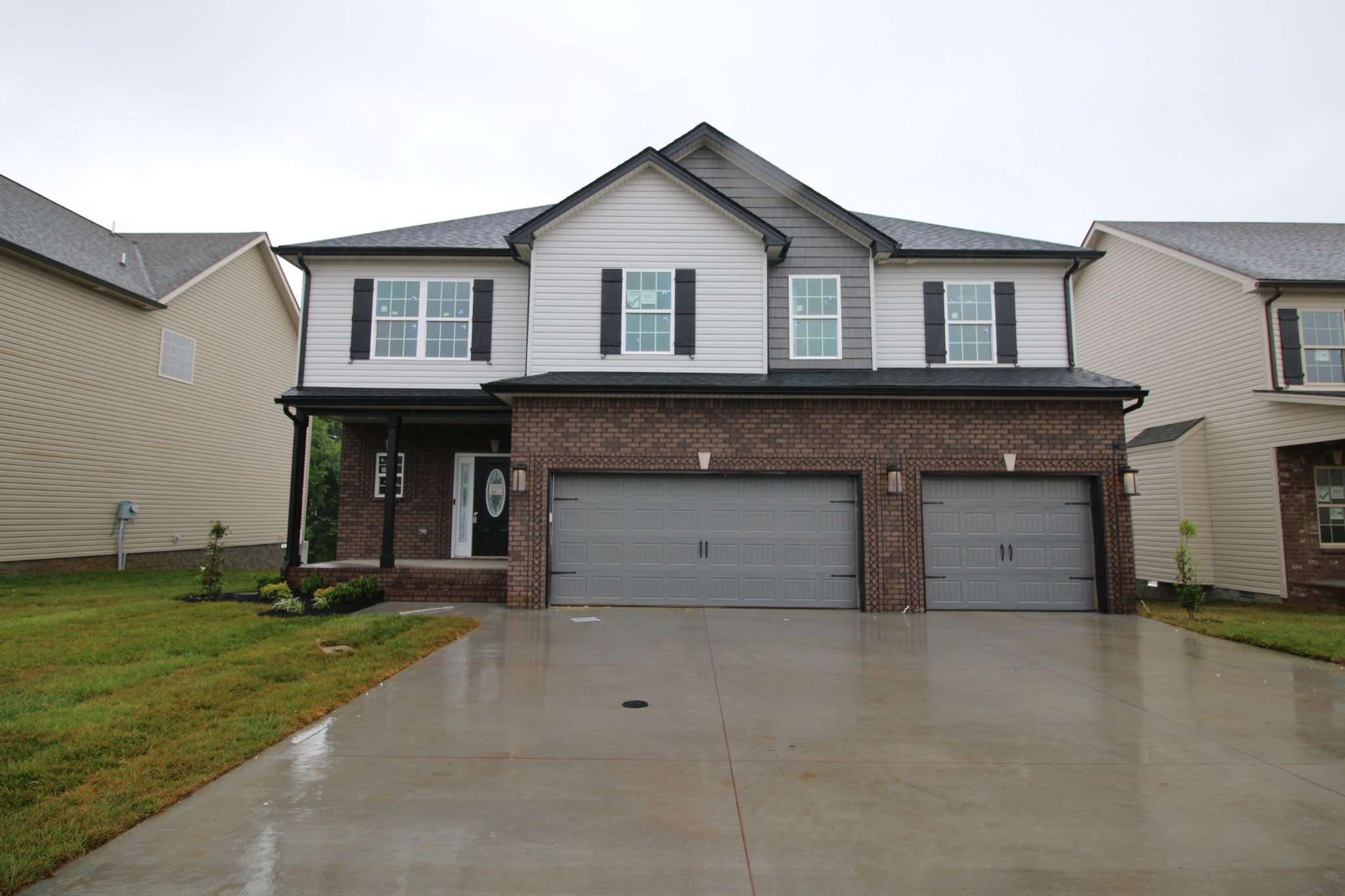 513 Autumn Creek Property Photo - Clarksville, TN real estate listing