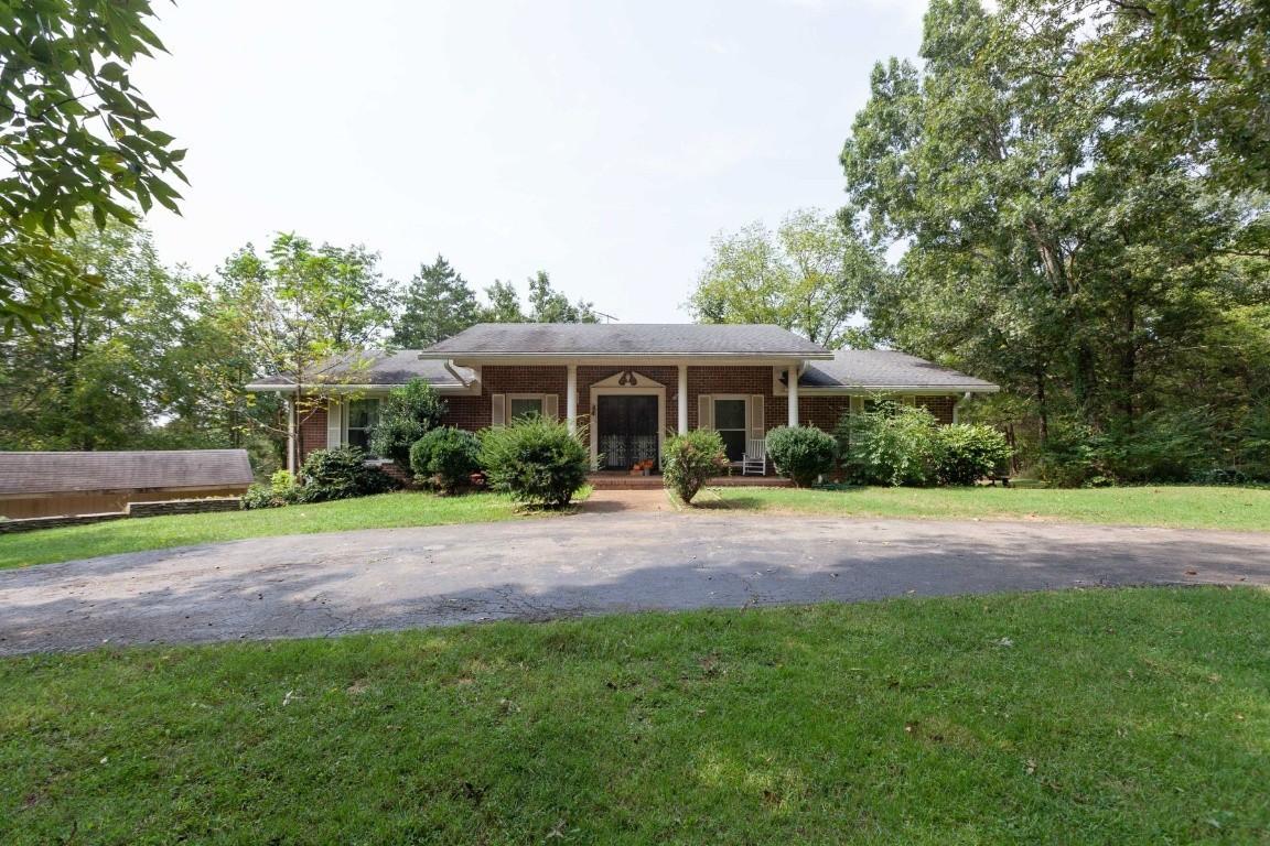 3801 Dixie Ln Property Photo
