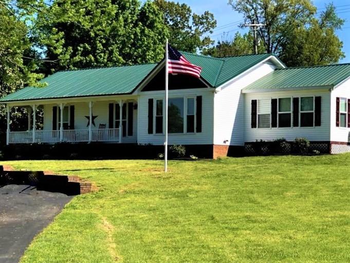 5406 Dixon Rd Property Photo - Orlinda, TN real estate listing