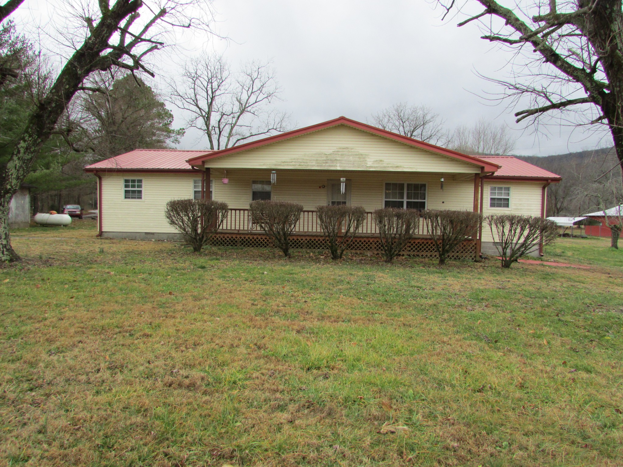 4928 SR 108 Property Photo - Morrison, TN real estate listing