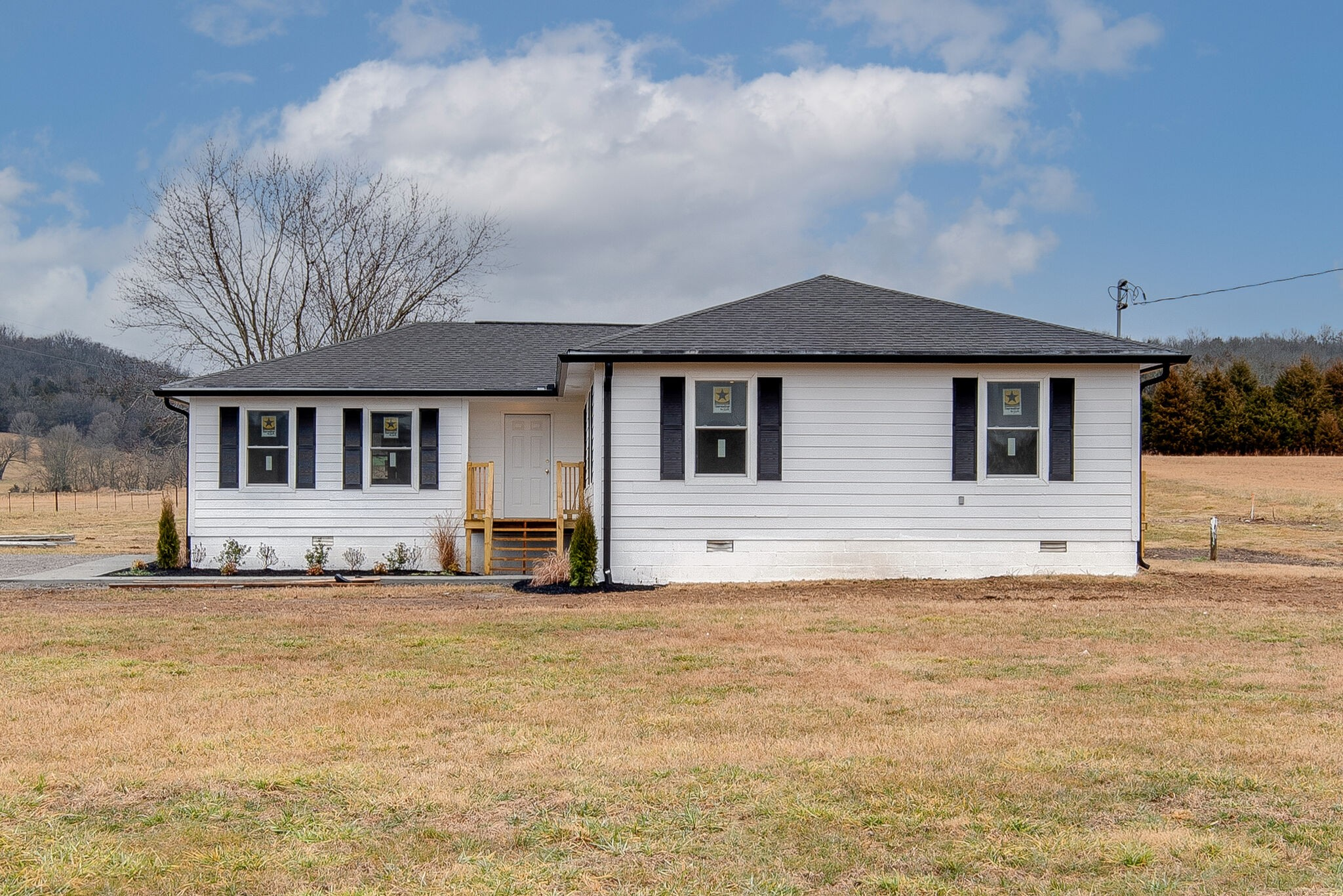 730 Hawkins Branch Rd Property Photo - Bethpage, TN real estate listing