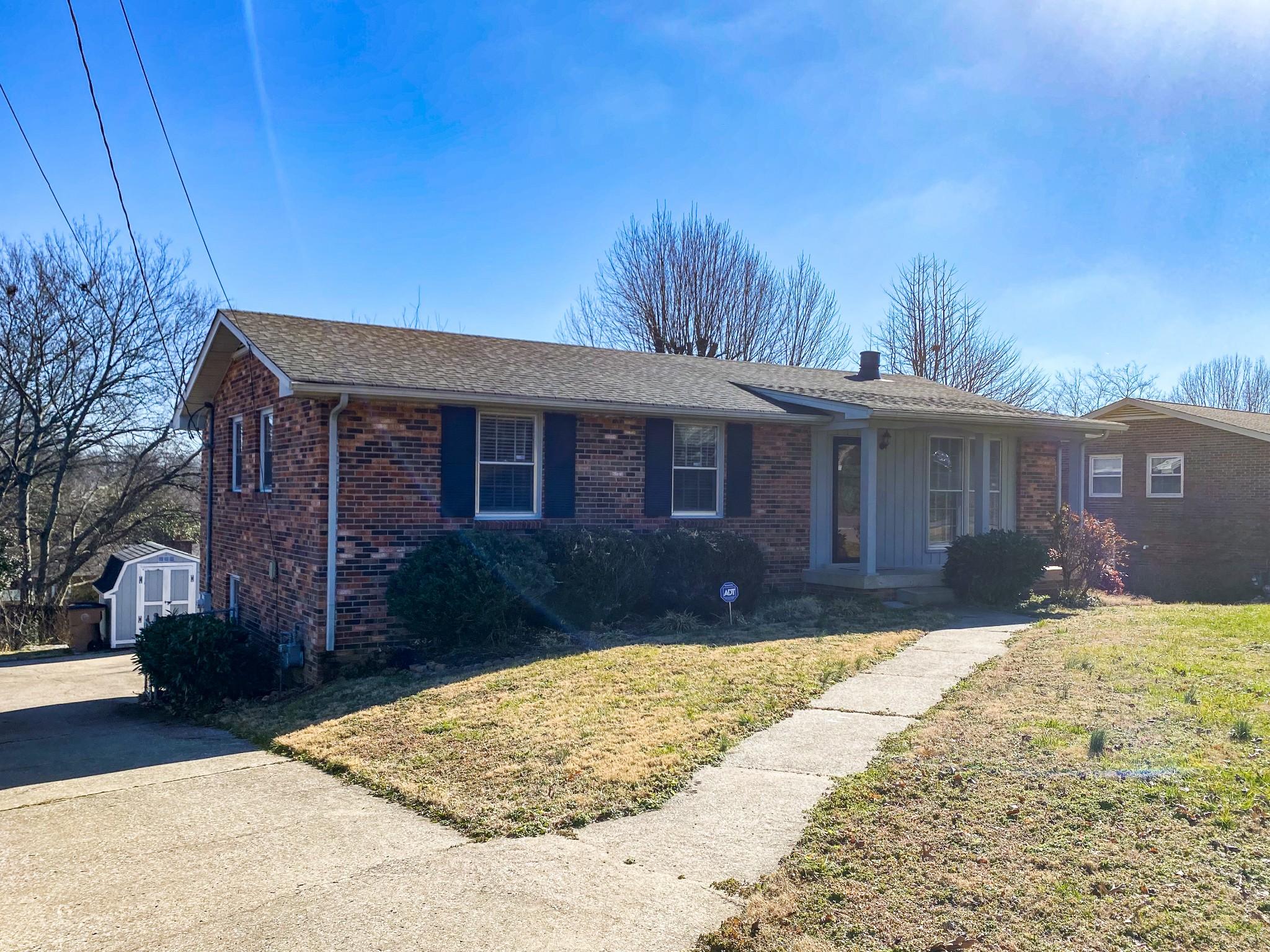 2804 Galesburg Dr S Property Photo - Nashville, TN real estate listing