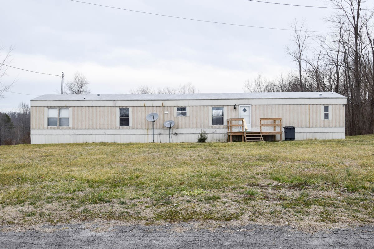 140 Whitaker Cir Property Photo - Red Boiling Springs, TN real estate listing
