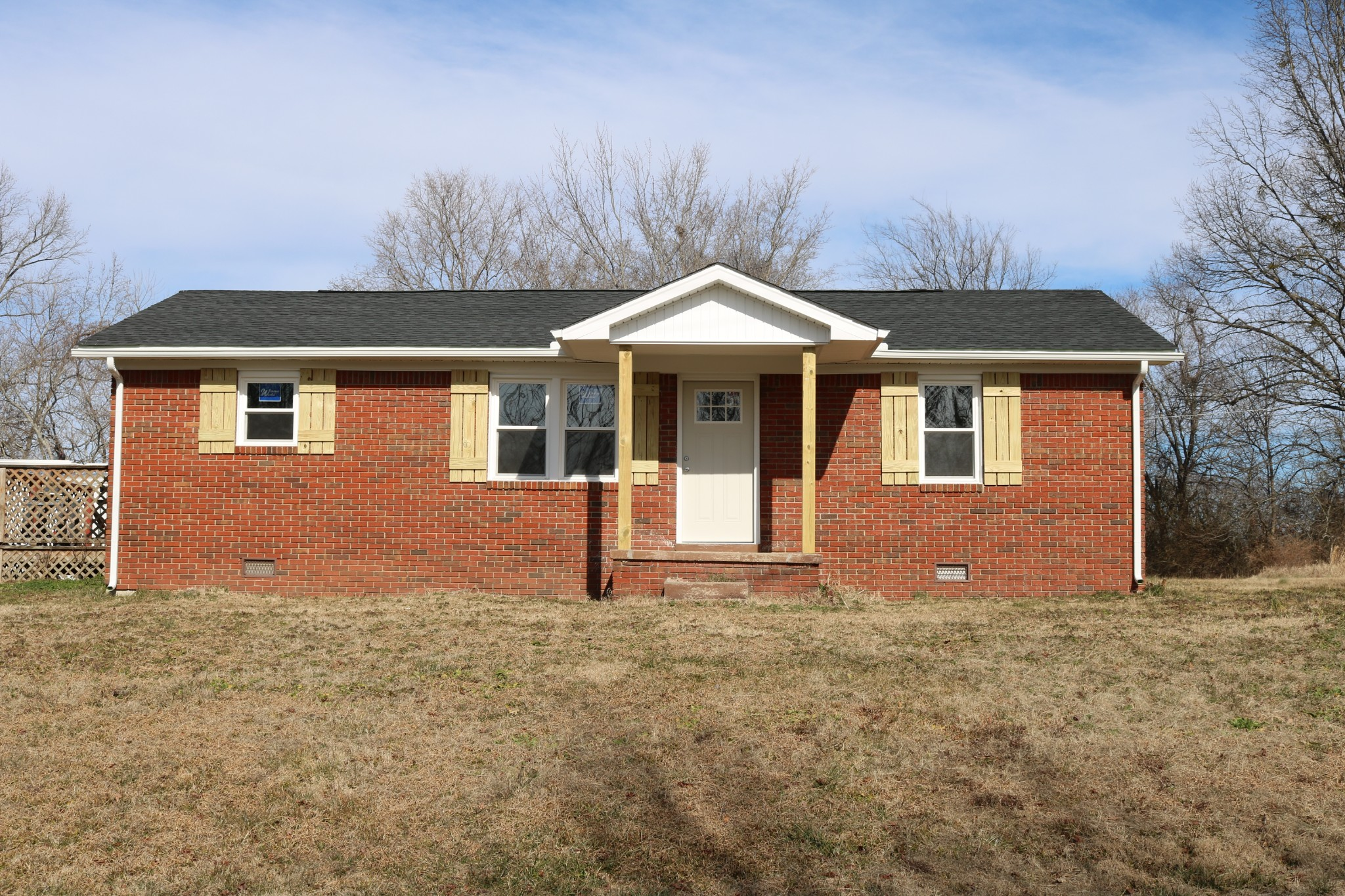840 Old Stewart Rd Property Photo - Tennessee Ridge, TN real estate listing