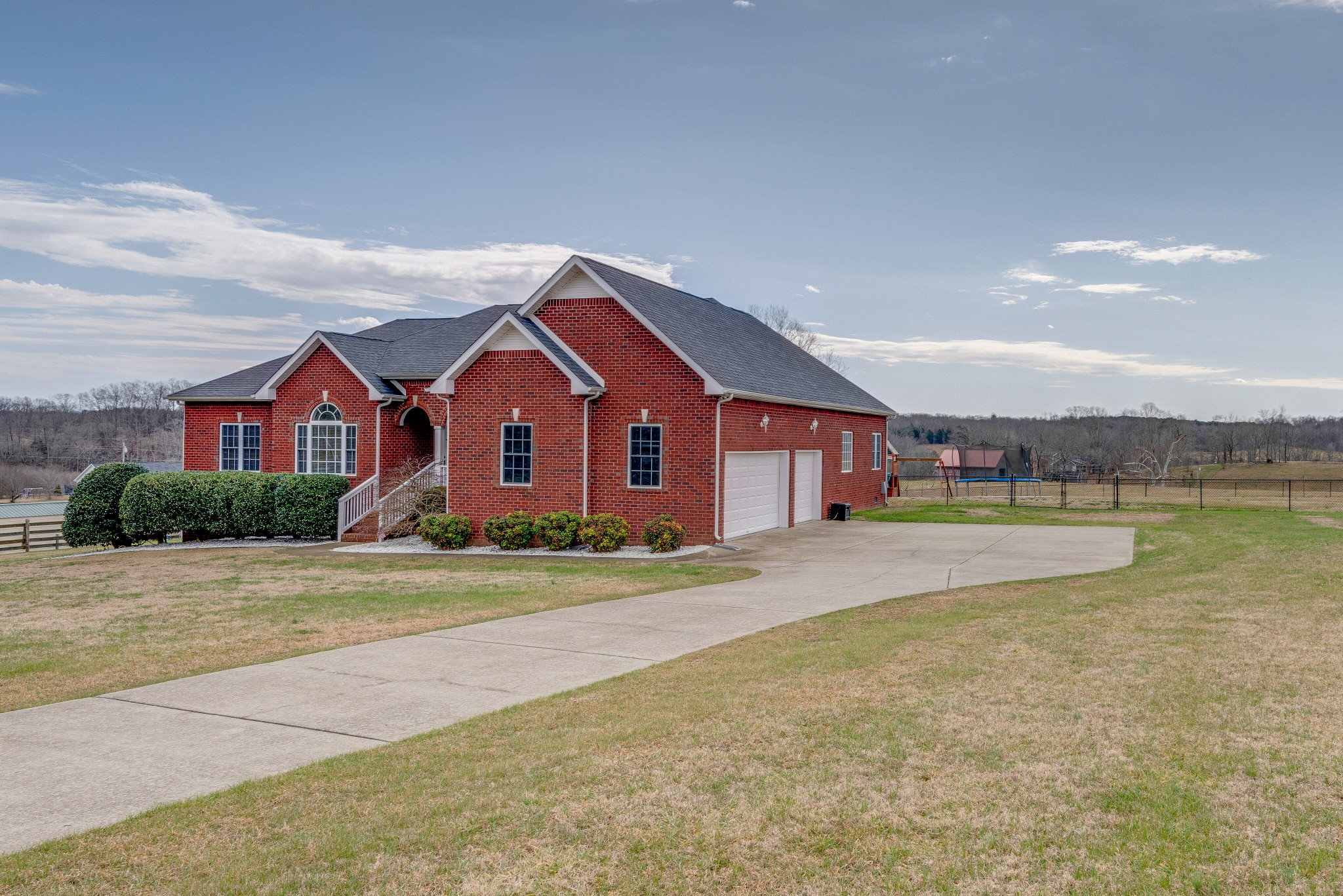Benny Spencer Real Estate Listings Main Image