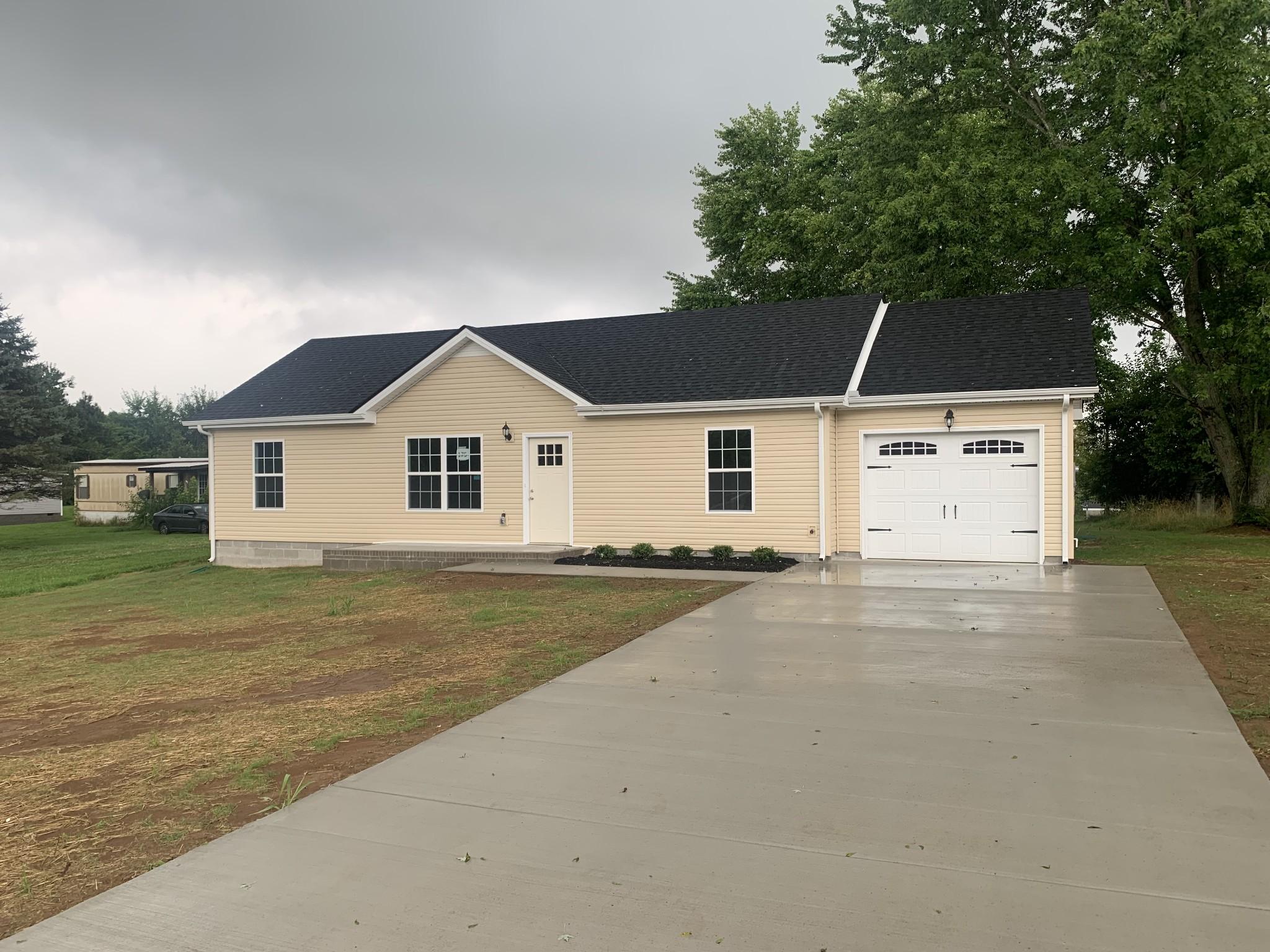 175 Arkansas Ave Property Photo