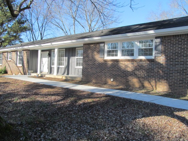 302 Kimbrough Rd Property Photo - Clarksville, TN real estate listing