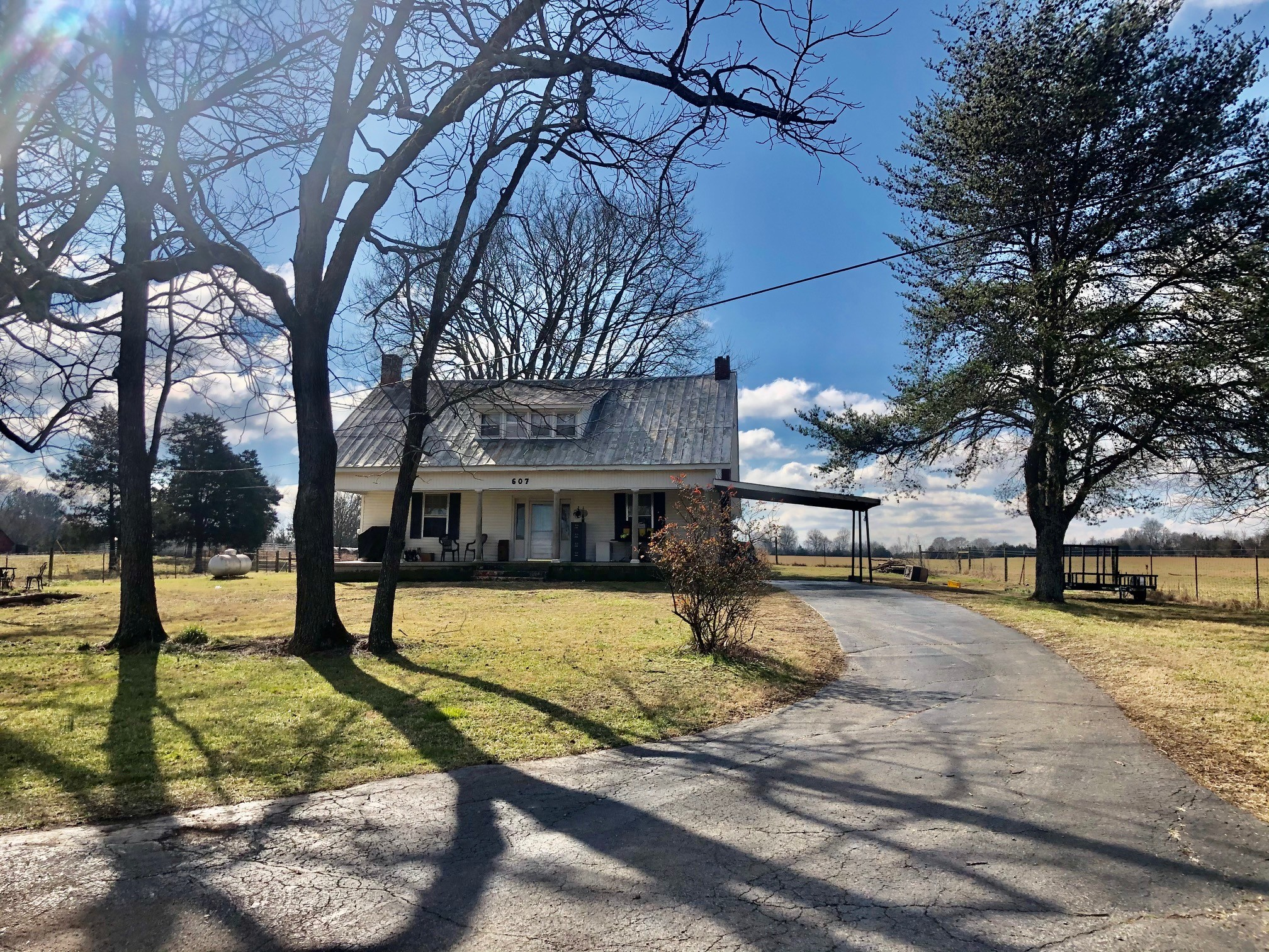 607 Old Columbia Rd Property Photo - Unionville, TN real estate listing