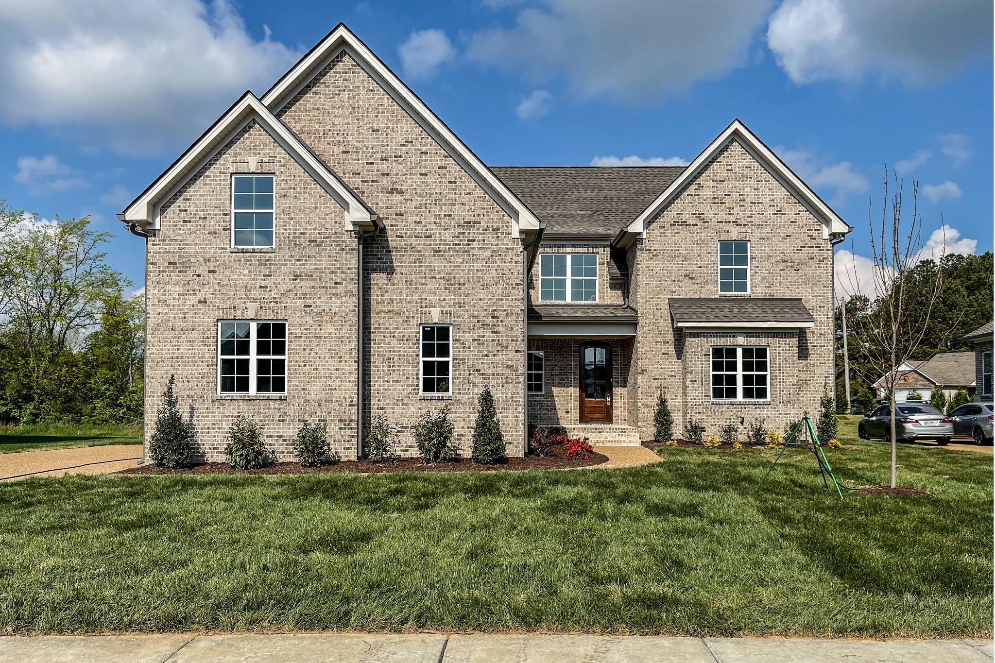 2055 Autumn Ridge Way Property Photo - Spring Hill, TN real estate listing