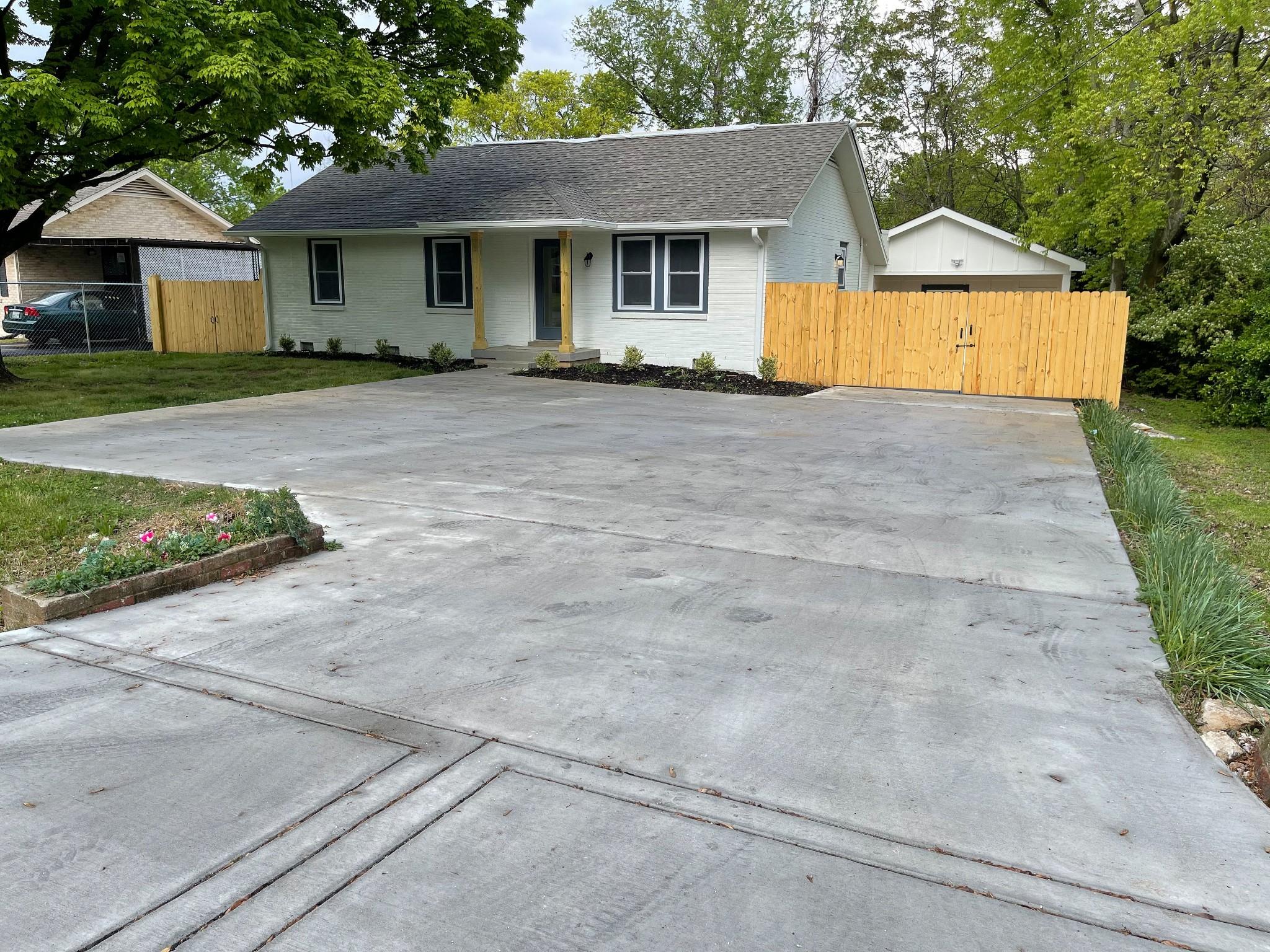 204 Dodge Dr Property Photo - Nashville, TN real estate listing