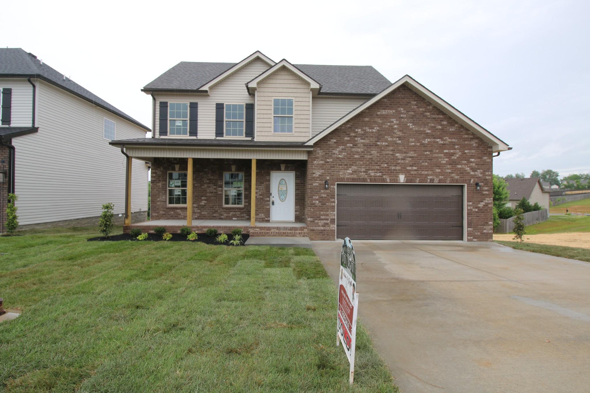 512 Autumn Creek Property Photo - Clarksville, TN real estate listing
