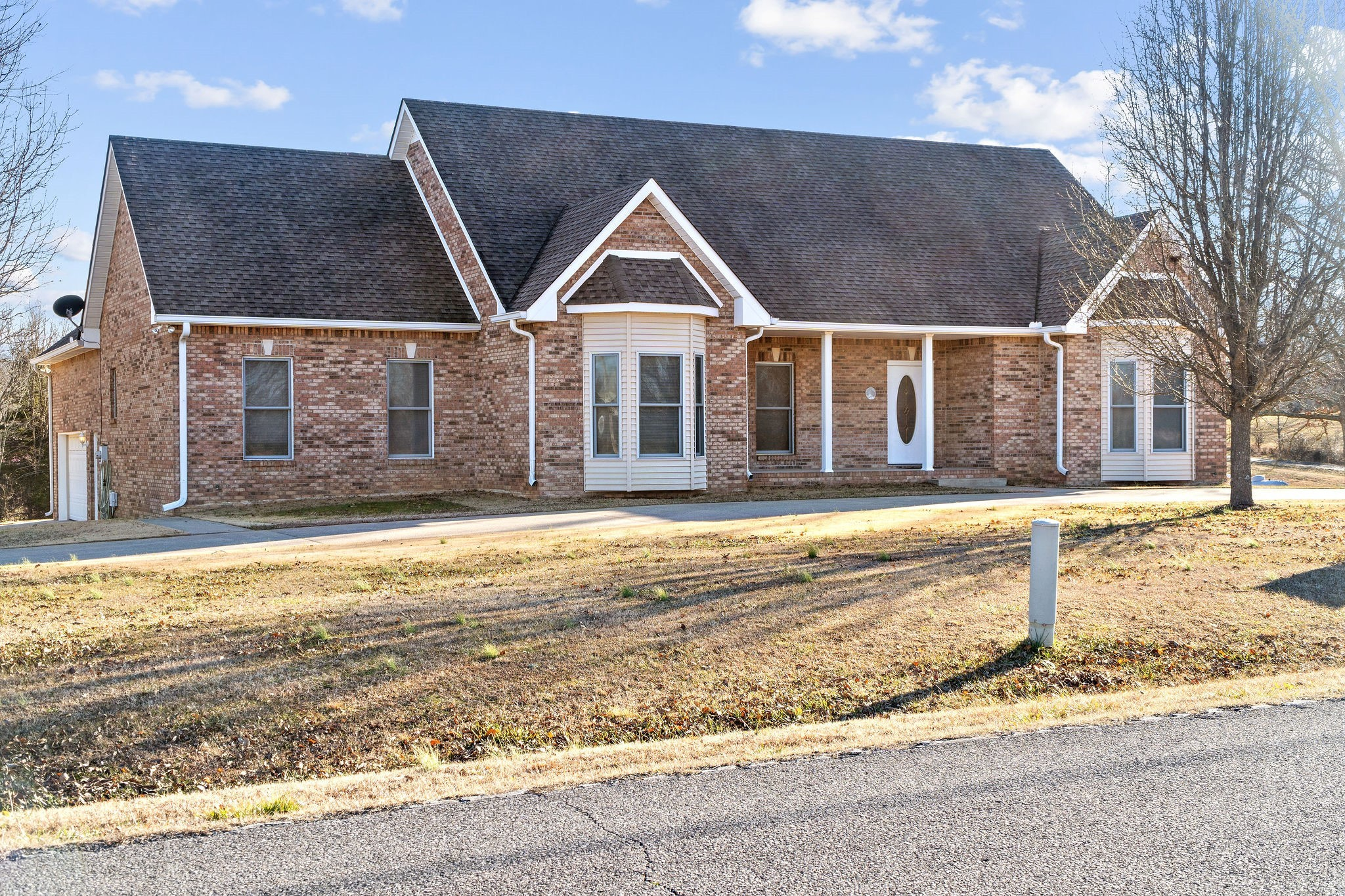 1426 Lock B Rd S Property Photo - Clarksville, TN real estate listing