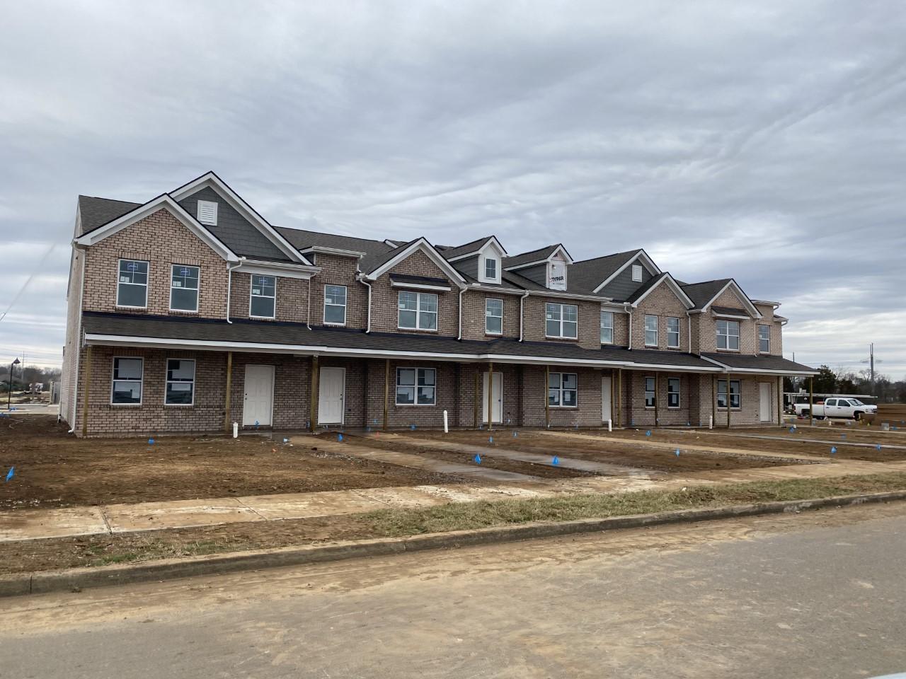 2535 Salem Creek Drive Property Photo - Murfreesboro, TN real estate listing
