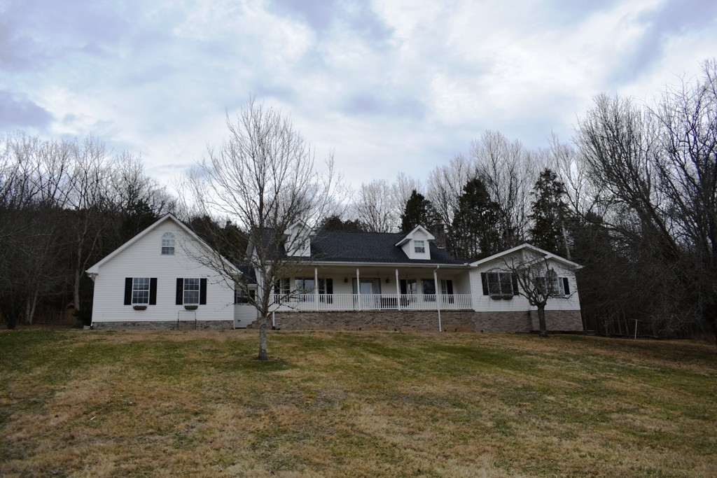 6 Williams Ln Property Photo - Carthage, TN real estate listing