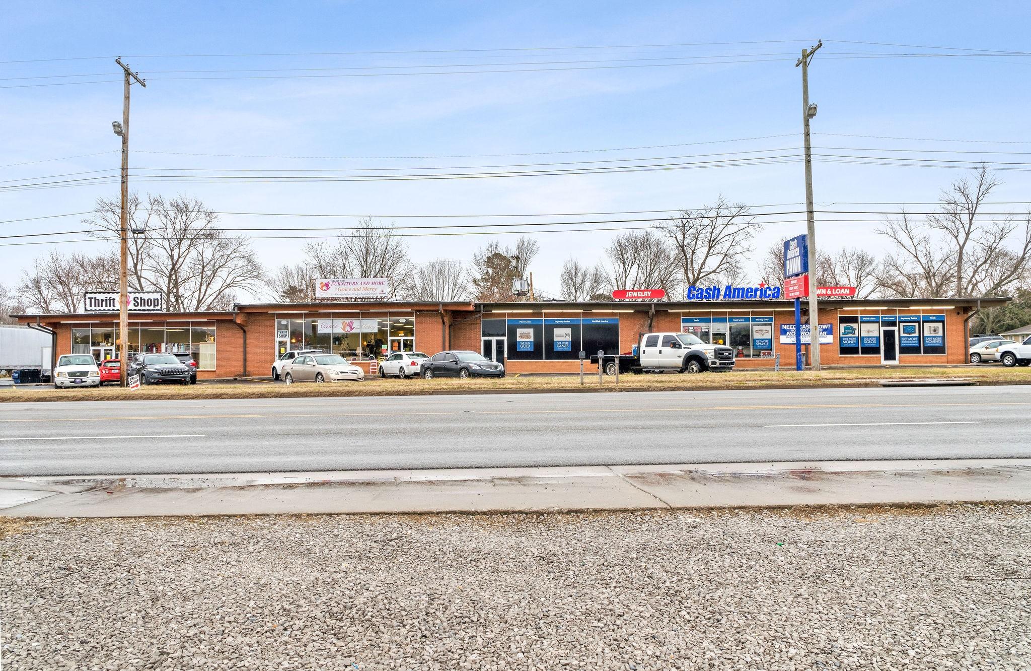 929 Skyline Drive Property Photo