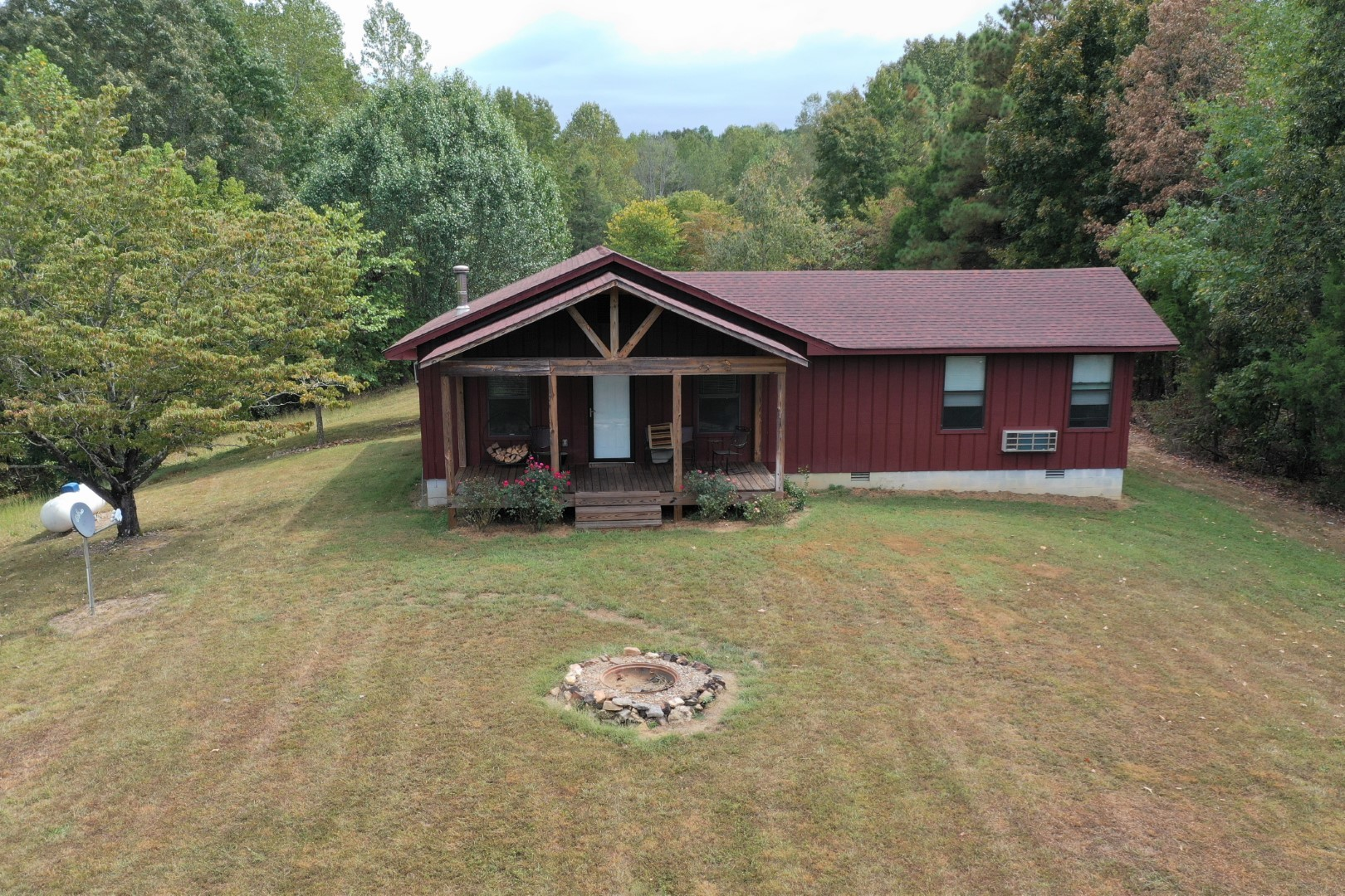 1233 Cates Rd Property Photo - Lawrenceburg, TN real estate listing