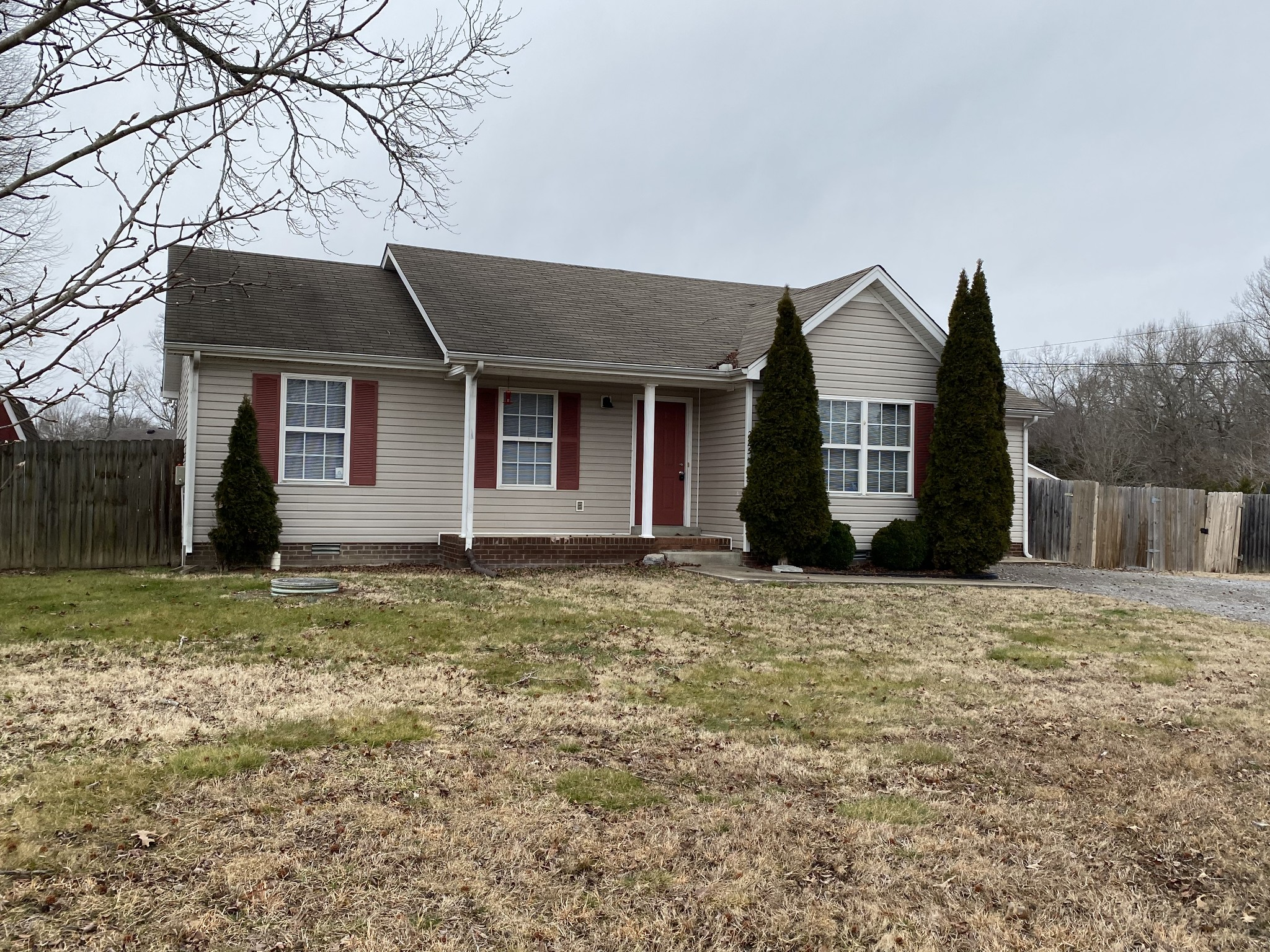 225 Callender Ct Property Photo