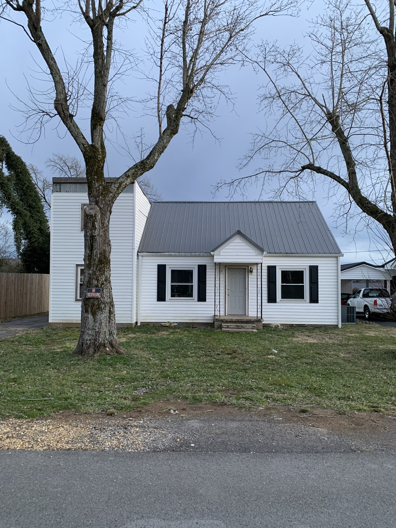 401 W Colonial St Property Photo - Woodbury, TN real estate listing