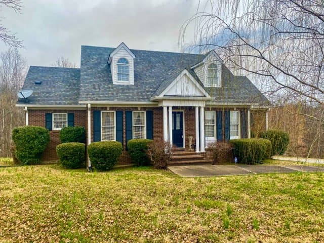 1719 Wynnewood Dr Property Photo - Chapmansboro, TN real estate listing