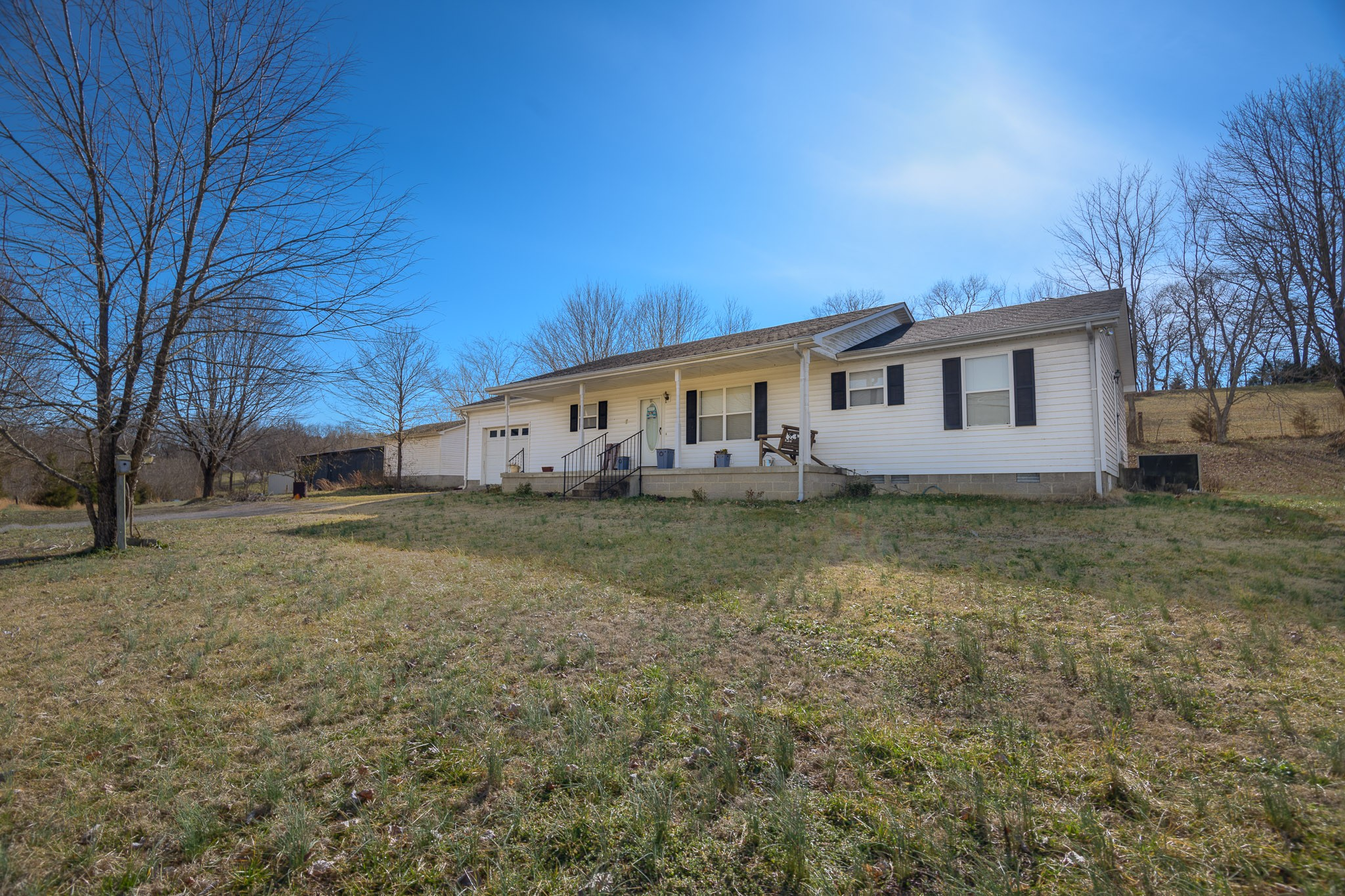 14637 Nashville Hwy Property Photo - Liberty, TN real estate listing