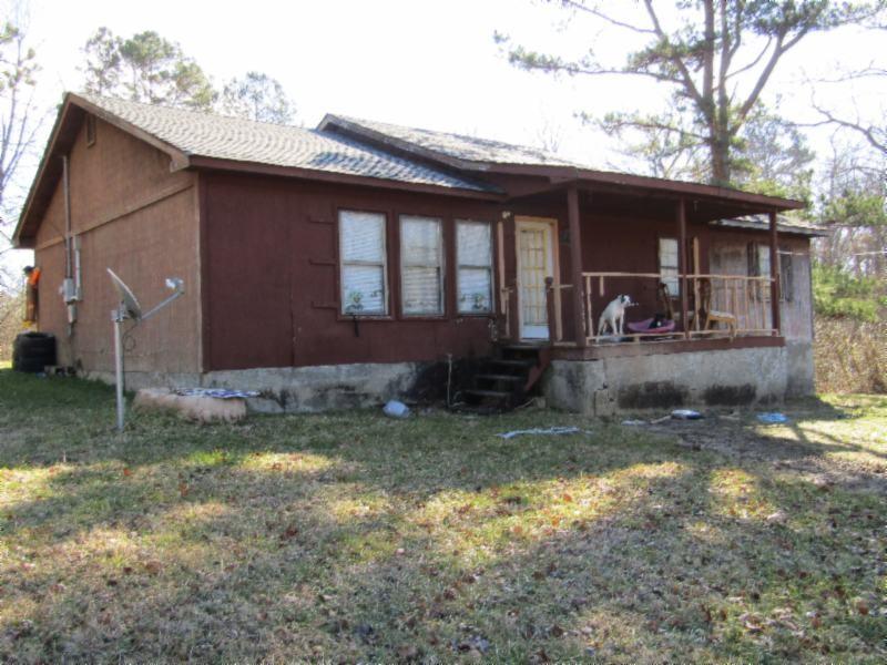 669 Harding Rd Property Photo