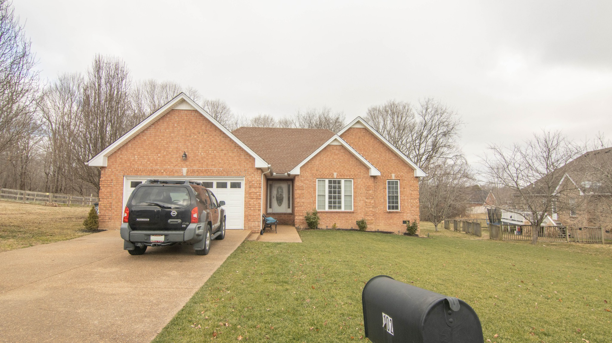 102 Hummingbird Hill Court Property Photo - Westmoreland, TN real estate listing