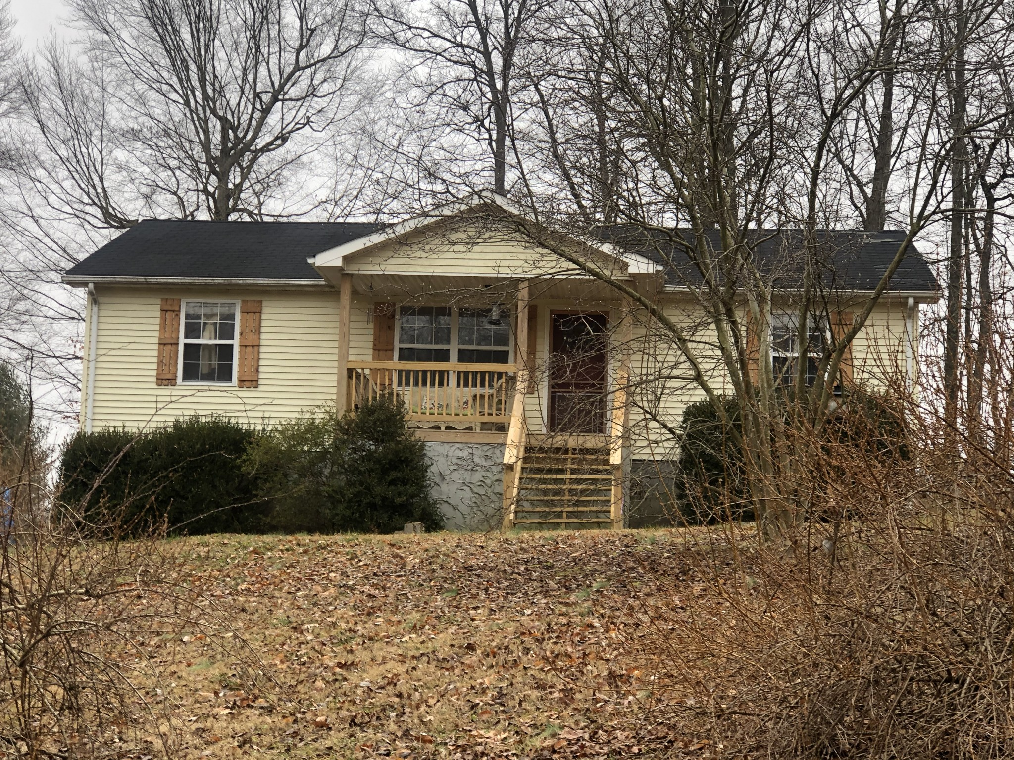 66 Russell Rd Property Photo - Red Boiling Springs, TN real estate listing