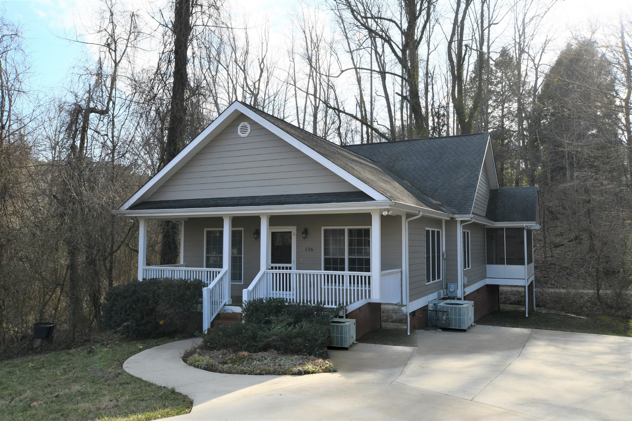 136 Parsons Green Cir Property Photo - Sewanee, TN real estate listing