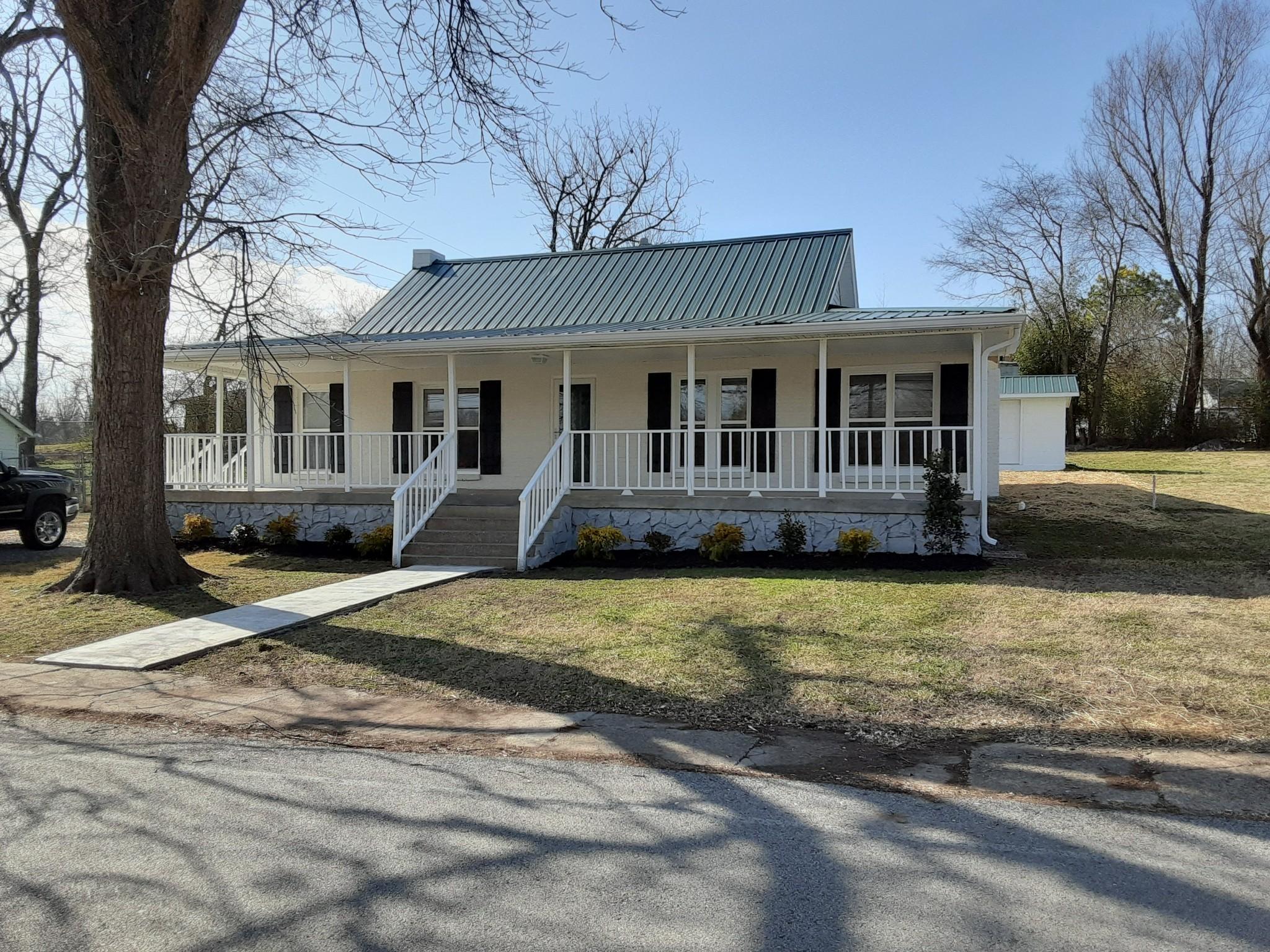 116 High St Property Photo - Alexandria, TN real estate listing