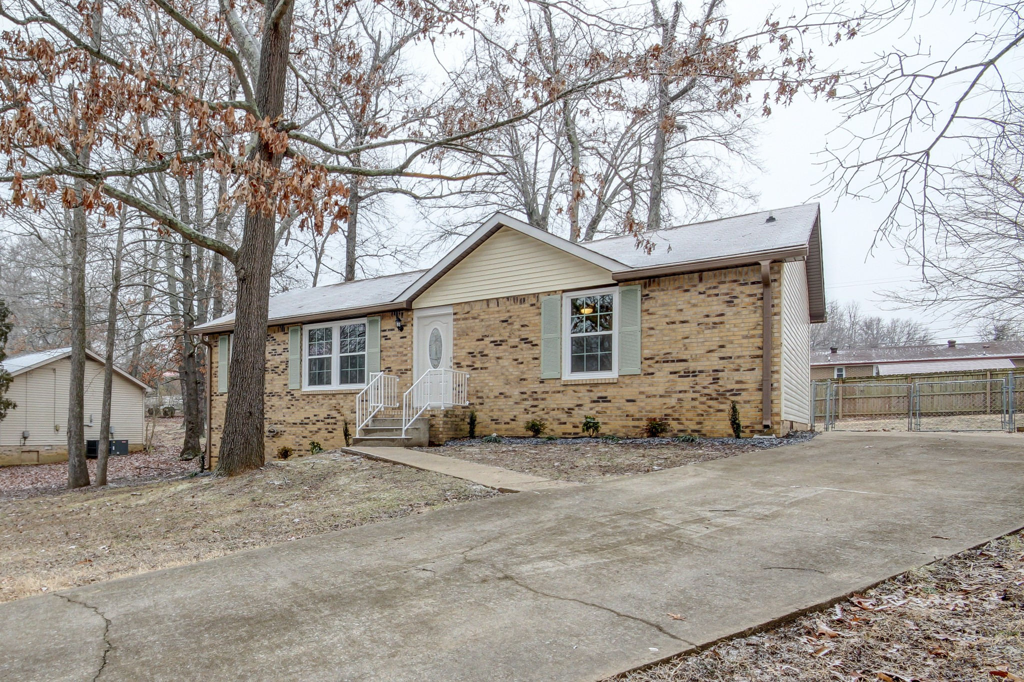 519 Mallory Dr Property Photo - Clarksville, TN real estate listing