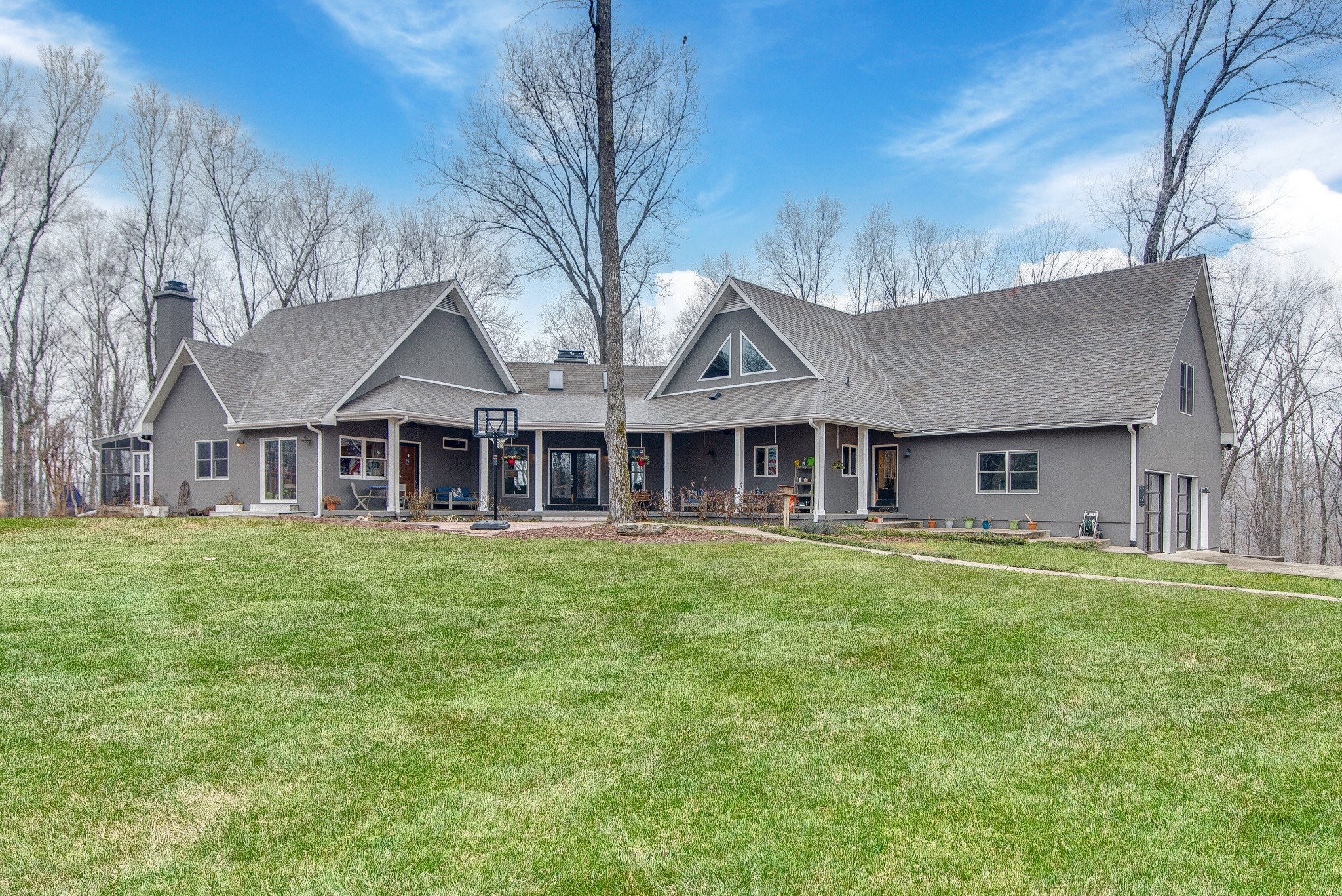 1148 Forest Dr Property Photo - Kingston Springs, TN real estate listing