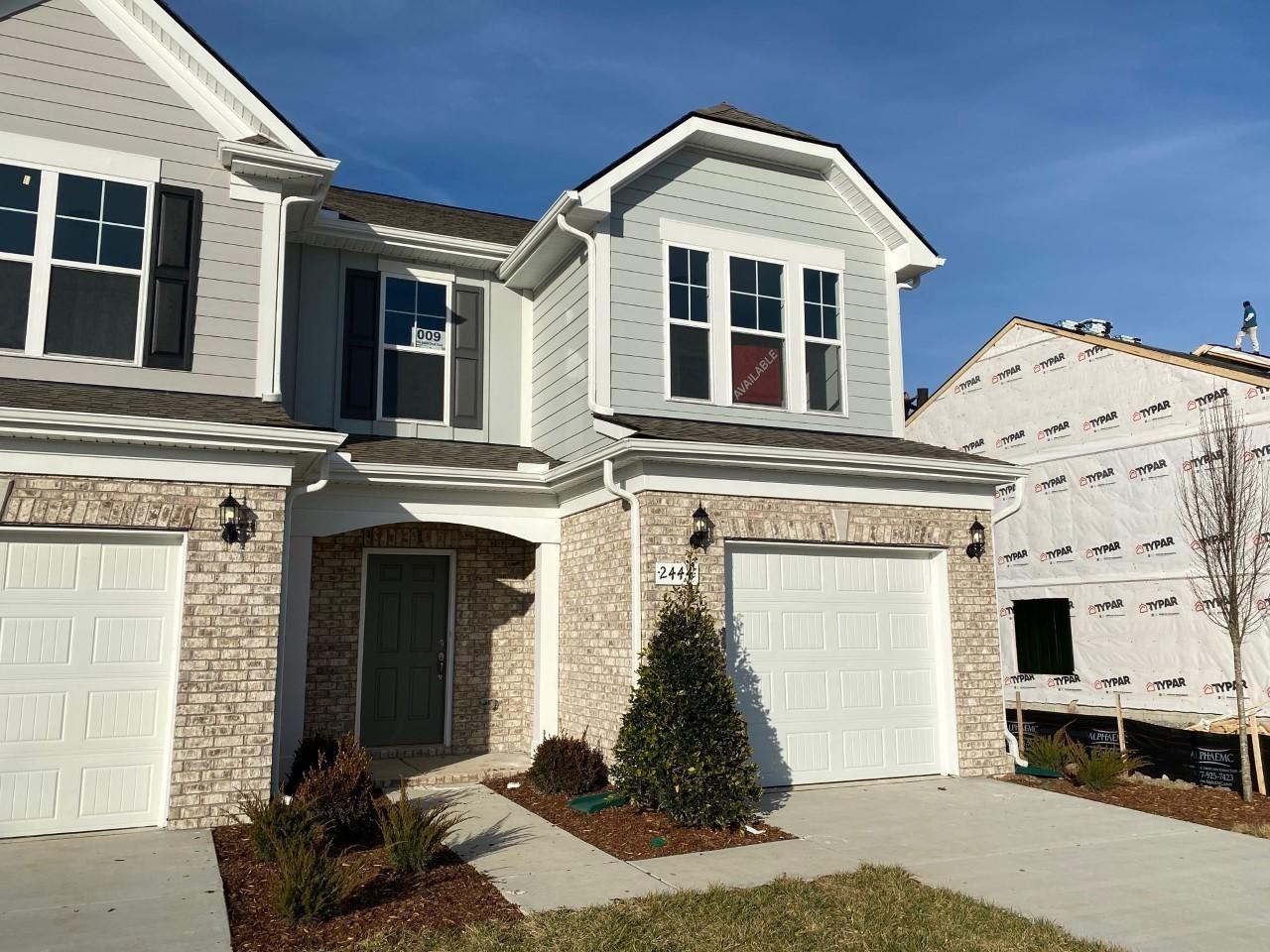 2434 Salem Creek Court Property Photo - Murfreesboro, TN real estate listing