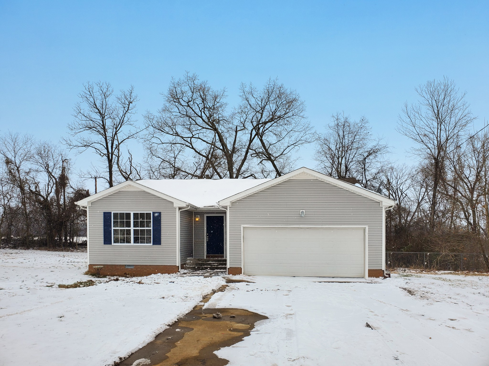 108 Brandi Ct Property Photo - Oak Grove, KY real estate listing