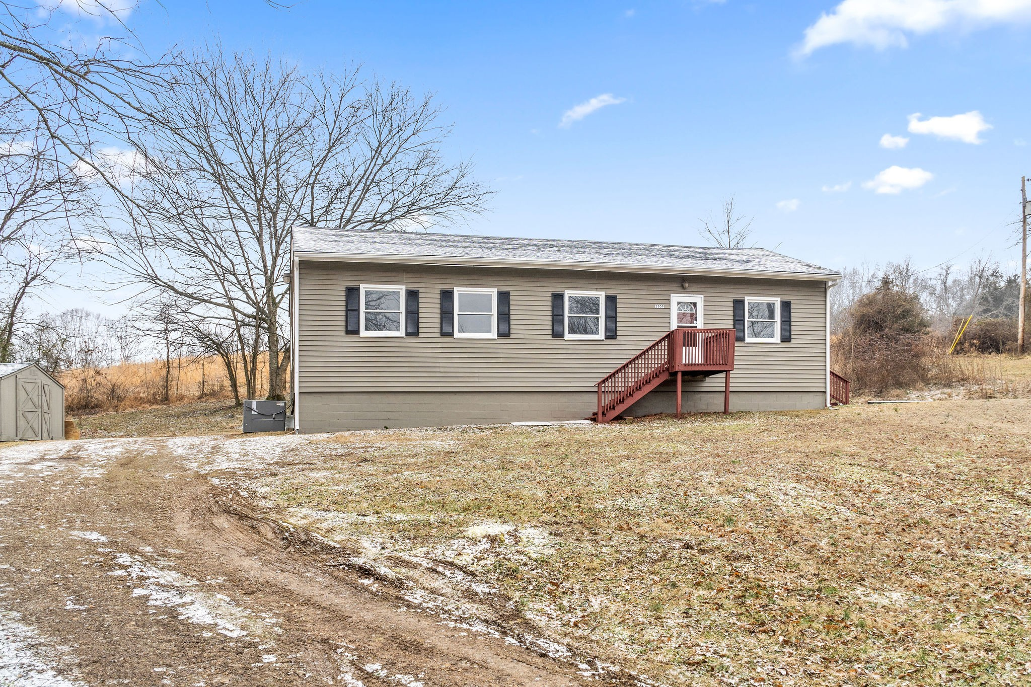 3509 Blooming Grove Rd Property Photo - Woodlawn, TN real estate listing