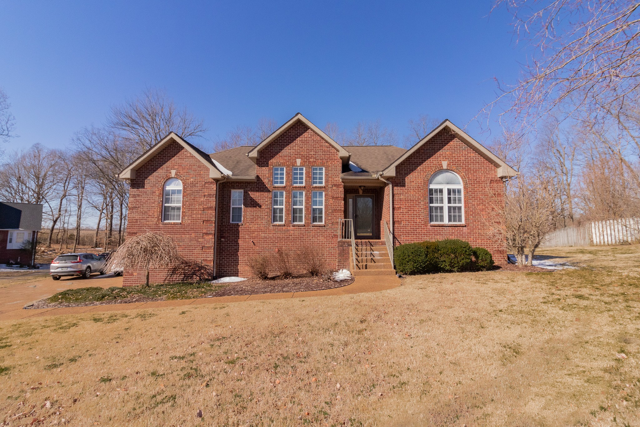 1004 Steven Ct Property Photo - Cottontown, TN real estate listing