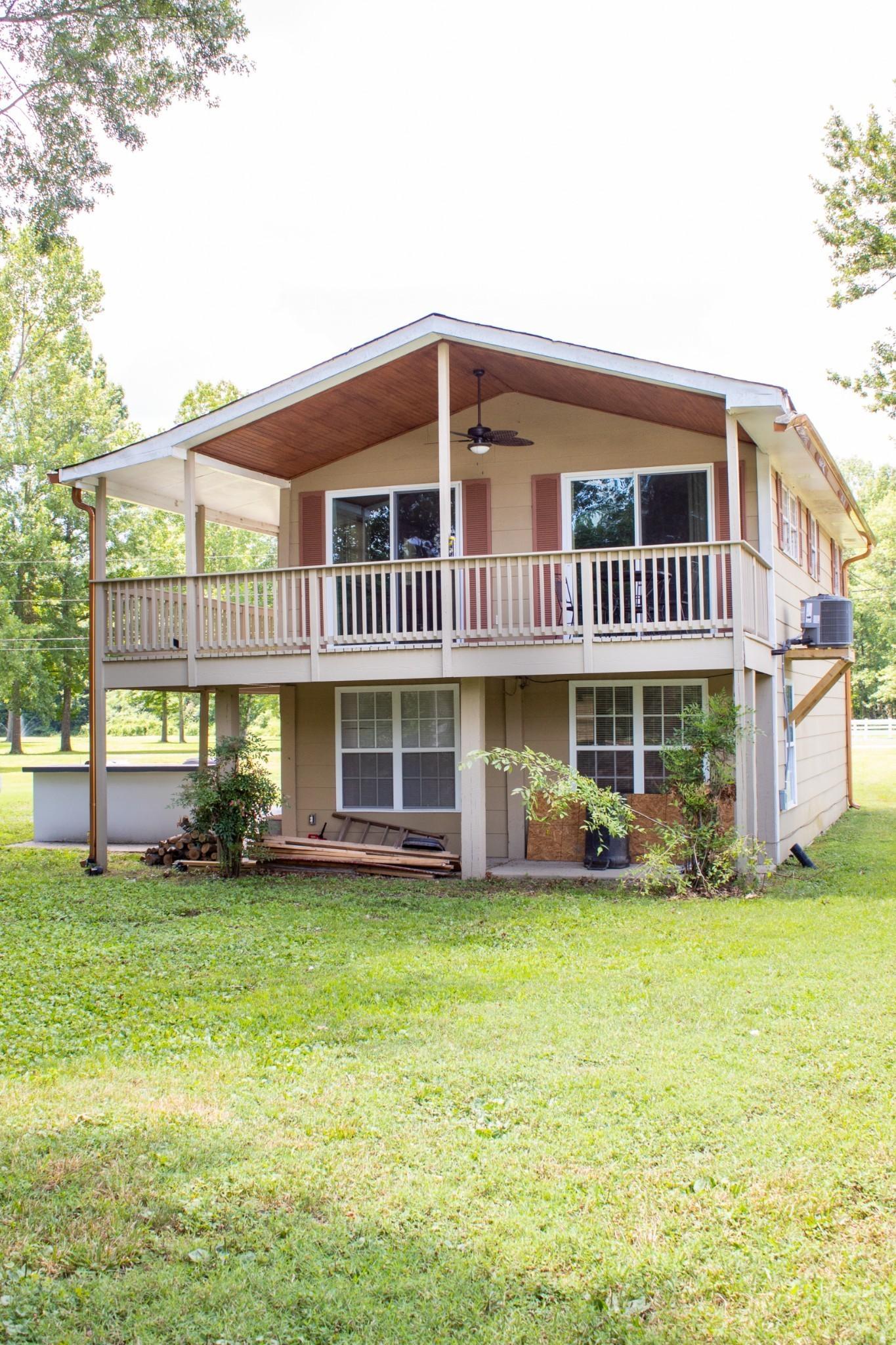 1541 Matlock Dr Property Photo - Chapmansboro, TN real estate listing