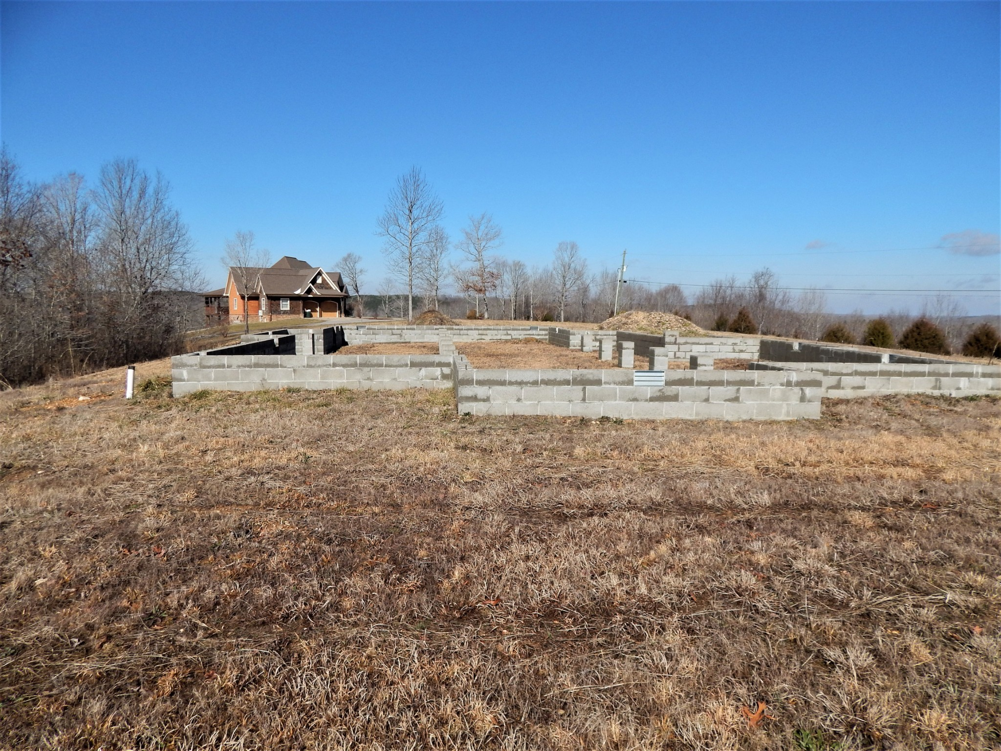 434 Faye Dr Property Photo - Waynesboro, TN real estate listing