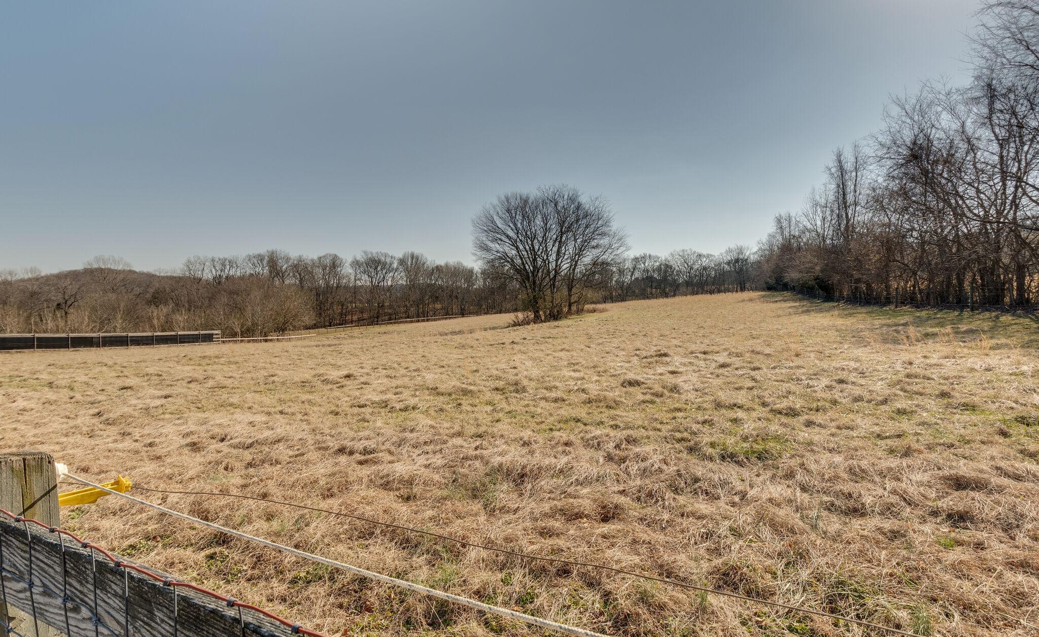 3699 Trousdale Ln Property Photo