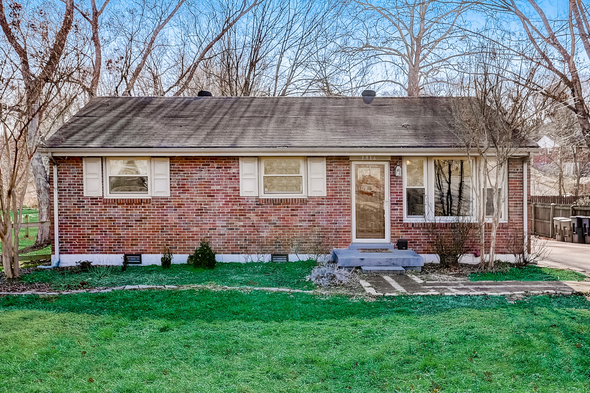3916 W Valley Dr Property Photo - Nashville, TN real estate listing