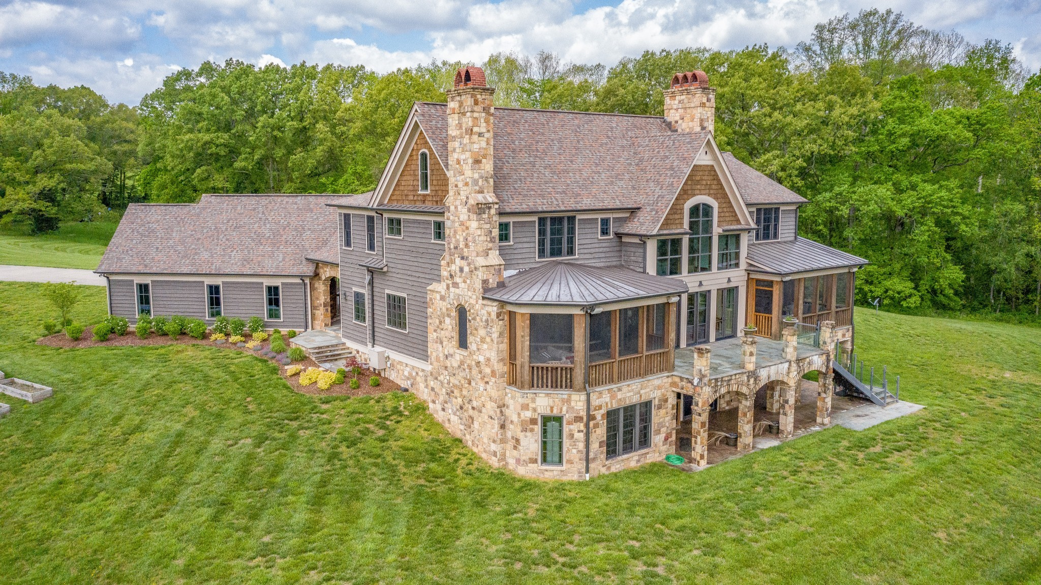 7459 Old Cox PIKE Property Photo - Fairview, TN real estate listing