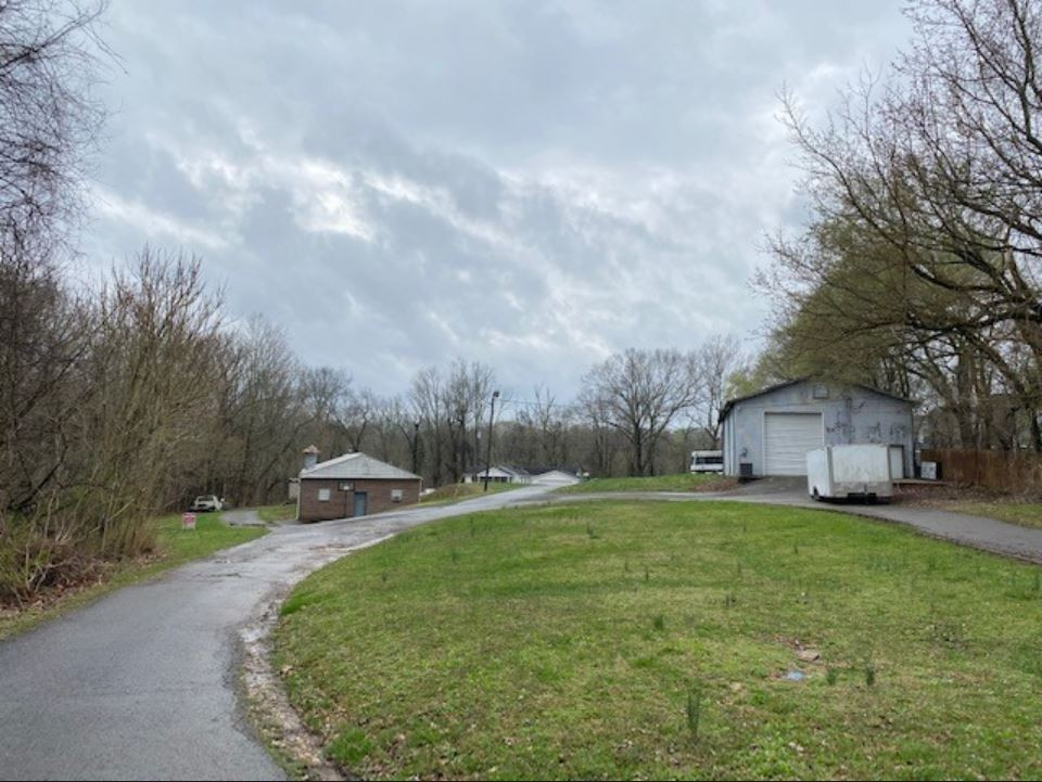 298B Tobacco Rd Property Photo - Clarksville, TN real estate listing