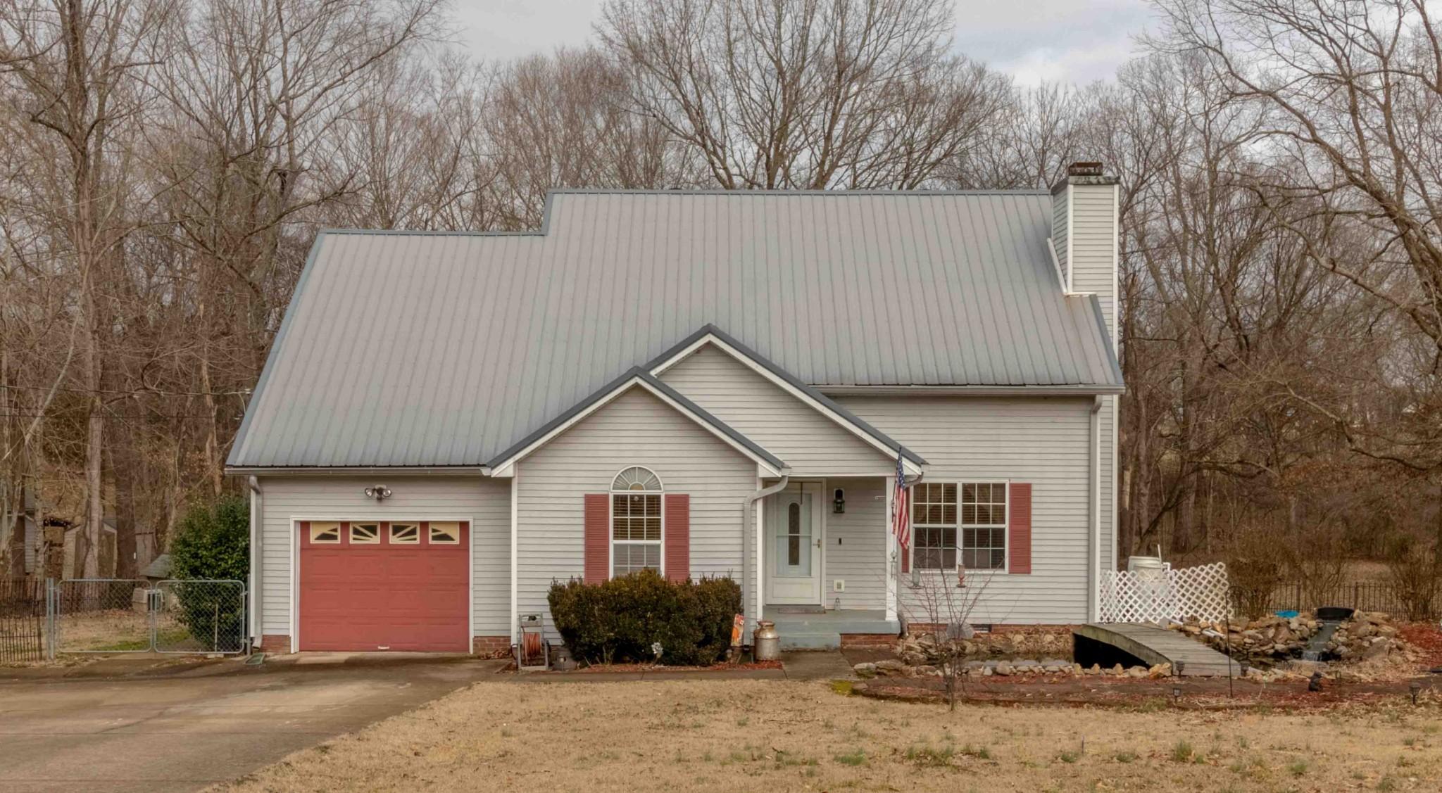 4049 Sawmill Rd Property Photo - Woodlawn, TN real estate listing