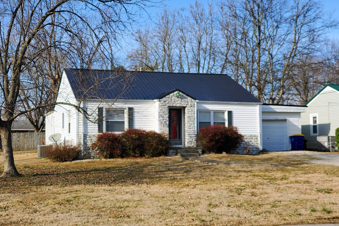212 Akin Ave Property Photo - Franklin, KY real estate listing
