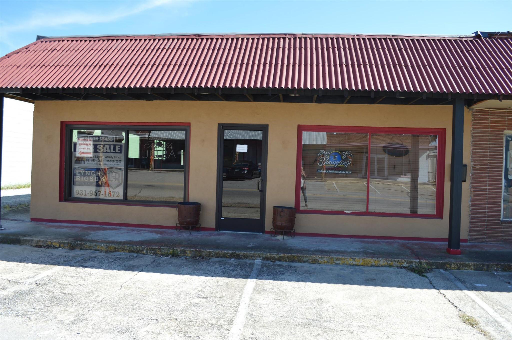 212 Cumberland St E Property Photo - Cowan, TN real estate listing