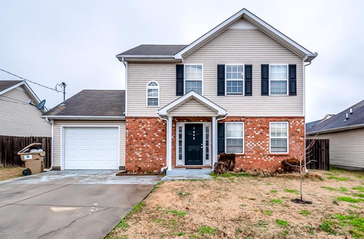 1042 Cheryl Ln Property Photo - LA VERGNE, TN real estate listing