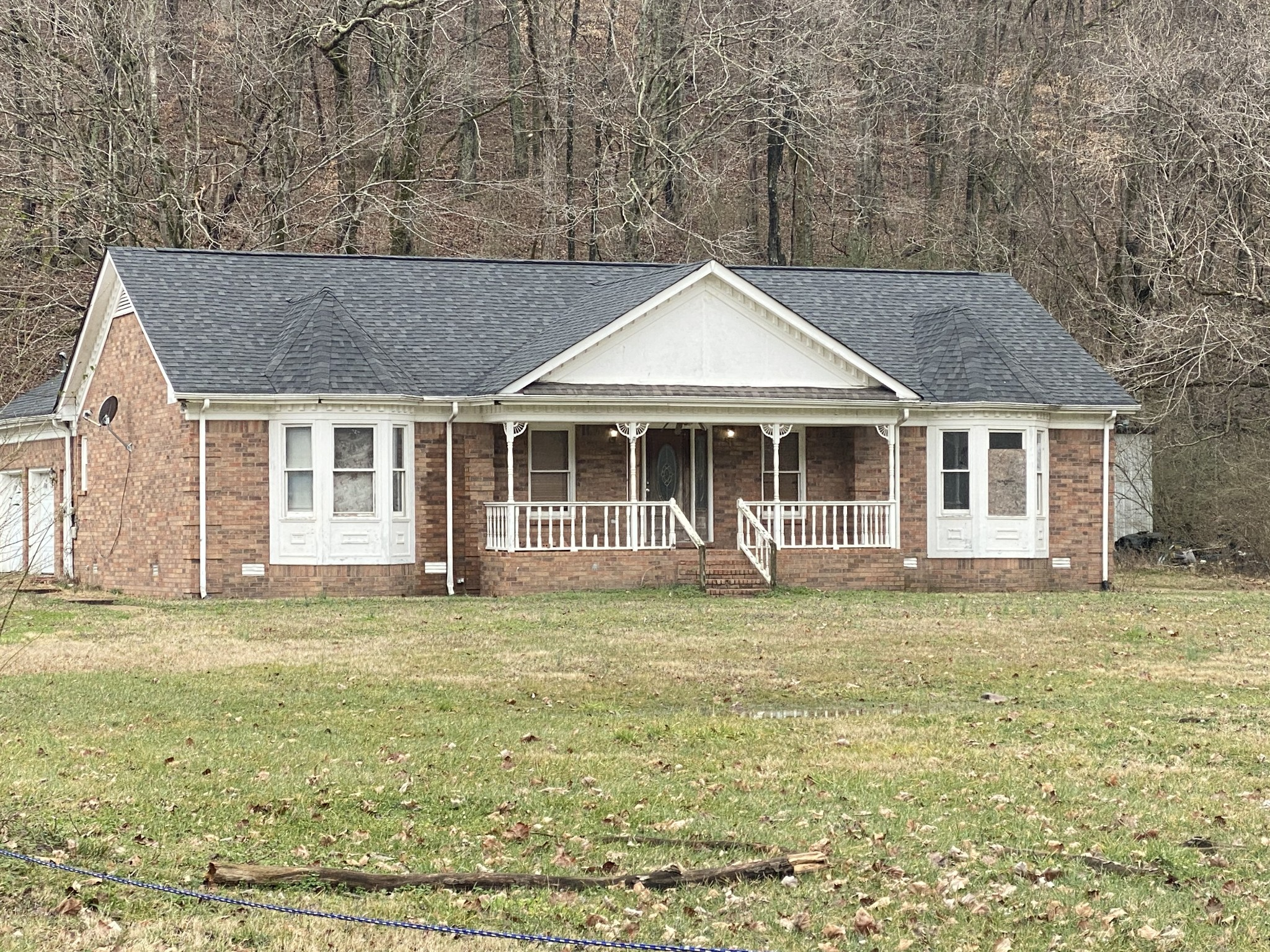 1712 Sams Creek Rd Property Photo - Ashland City, TN real estate listing