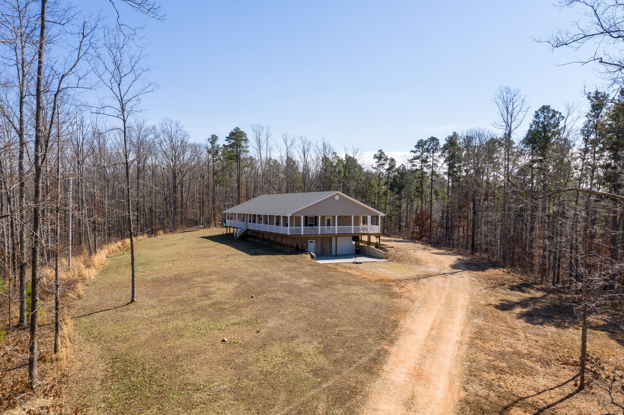 180 Indian Creek Rd Property Photo - Hohenwald, TN real estate listing