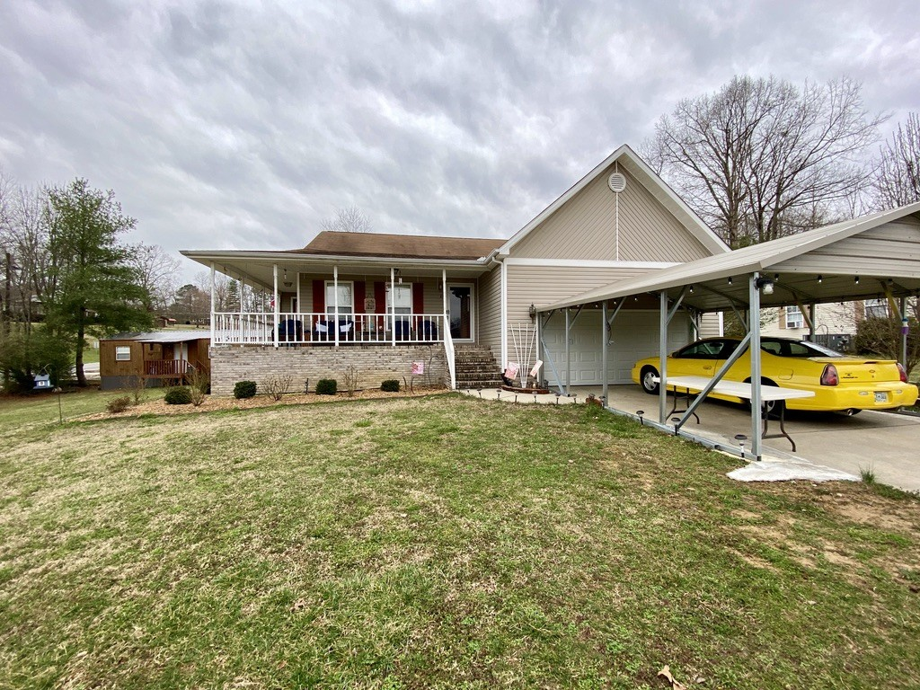 27 Hillwood Dr Property Photo - Estill Springs, TN real estate listing